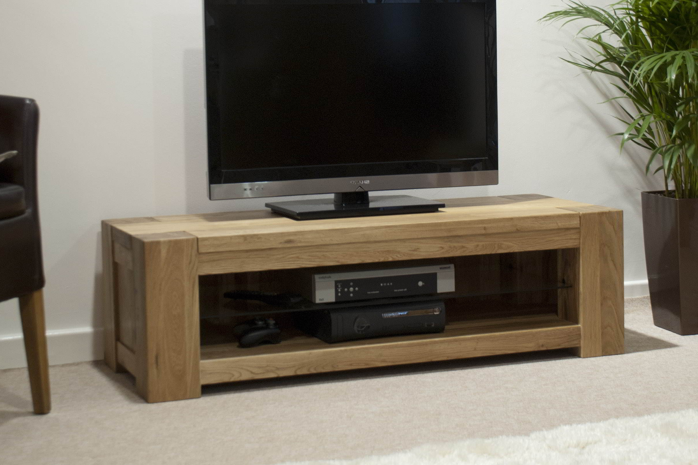 2017 Padova Solid Oak Furniture Plasma Television Cabinet Stand Unit (View 1 of 20)