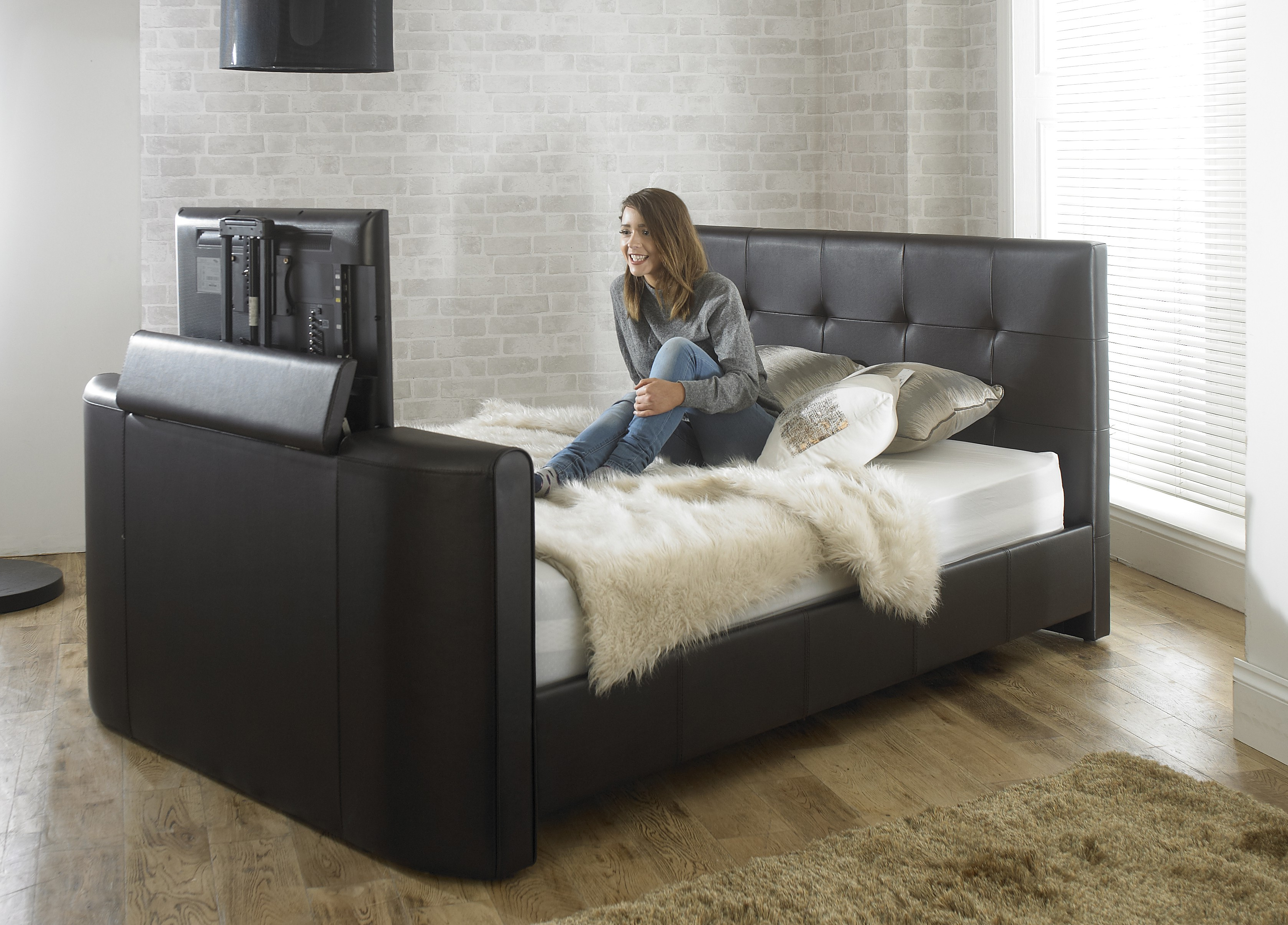 32 Inch Tv Beds Inside Latest Black Alpha Manual Tv Bed – Free Delivery – Cheapest Double Tv Bed (Gallery 4 of 20)