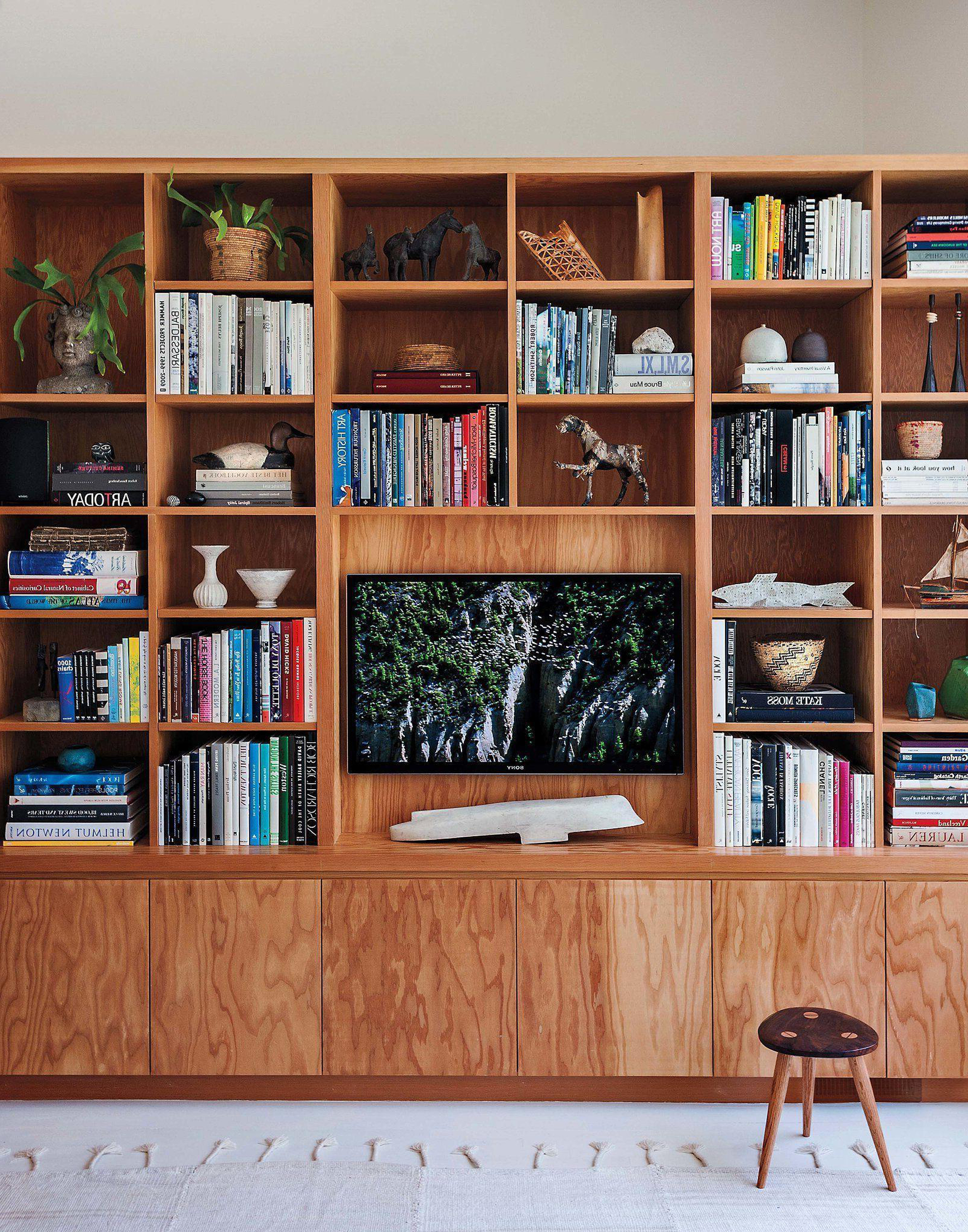 Bookshelf Tv Stands Combo With Regard To Current Designing With Your Tv + A Media Console Roundup – Emily Henderson (View 20 of 20)