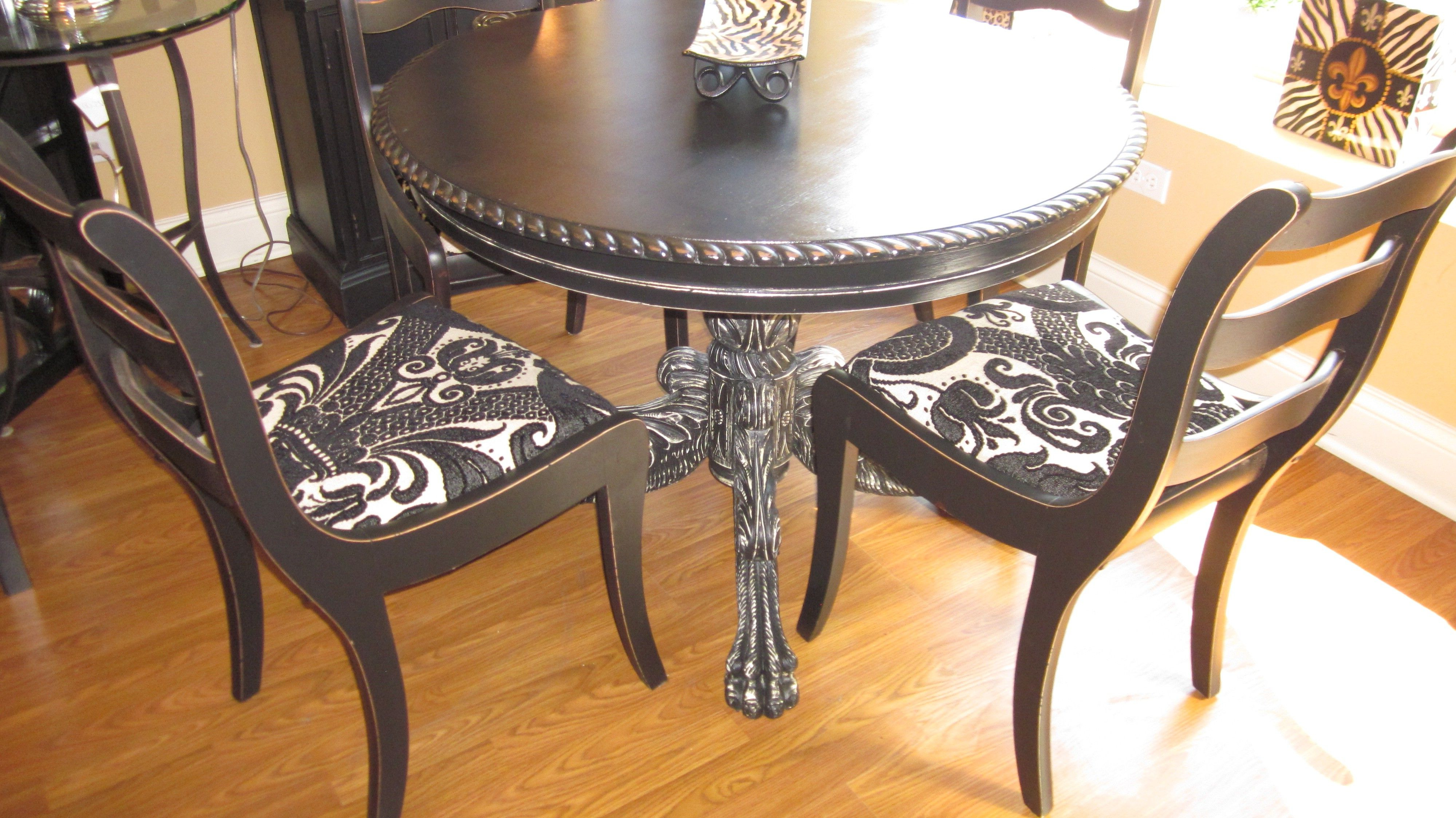 Chari Media Center Tables Pertaining To Most Current Claw Foot Table And Chairs $550 – Riverside Http://furnishly (View 19 of 20)
