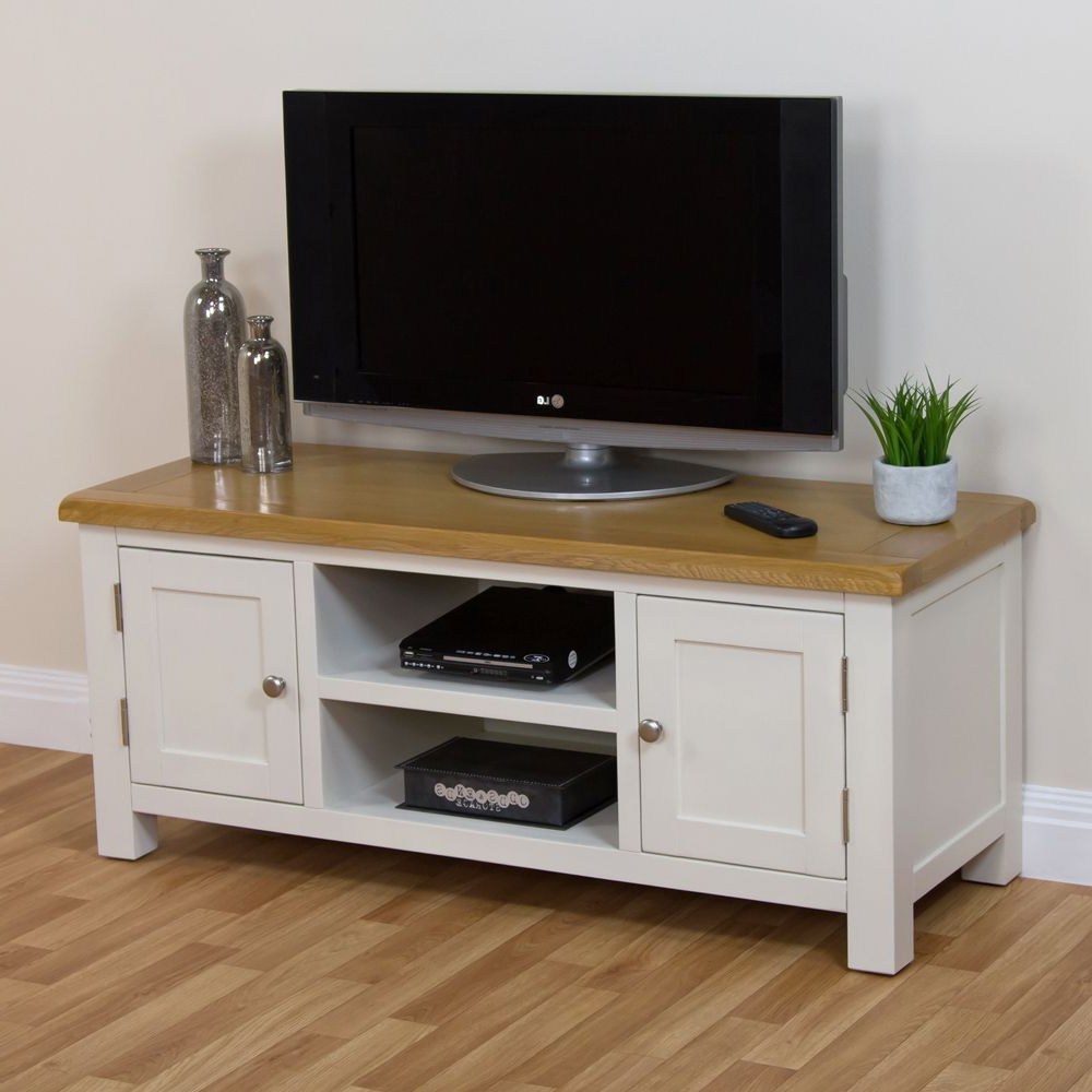 Cotswold Cream Painted Large Widescreen Tv Unit With Oak Top (Gallery 8 of 20)