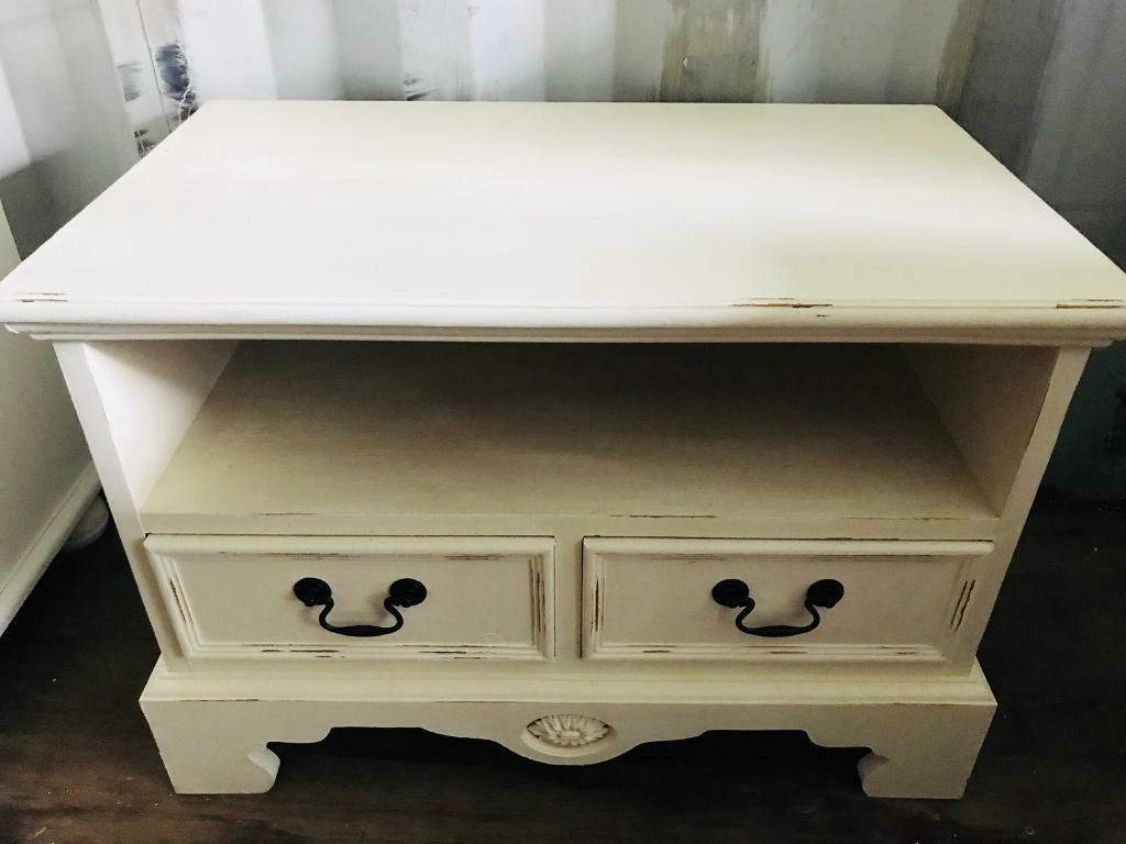 Cream Shabby Chic Tv Stand/ Cabinet (Gallery 18 of 20)