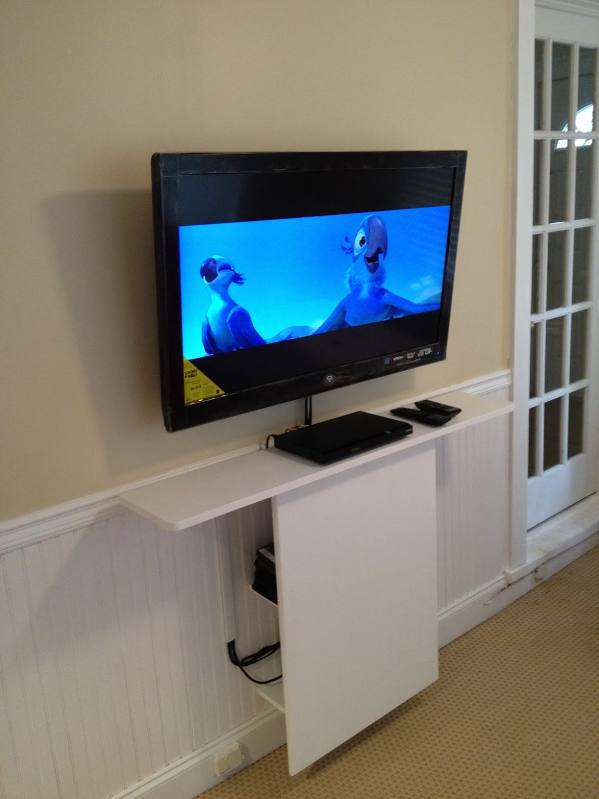 Elegant Home Design : Tips For With Newest Bedroom Tv Shelves (View 6 of 20)