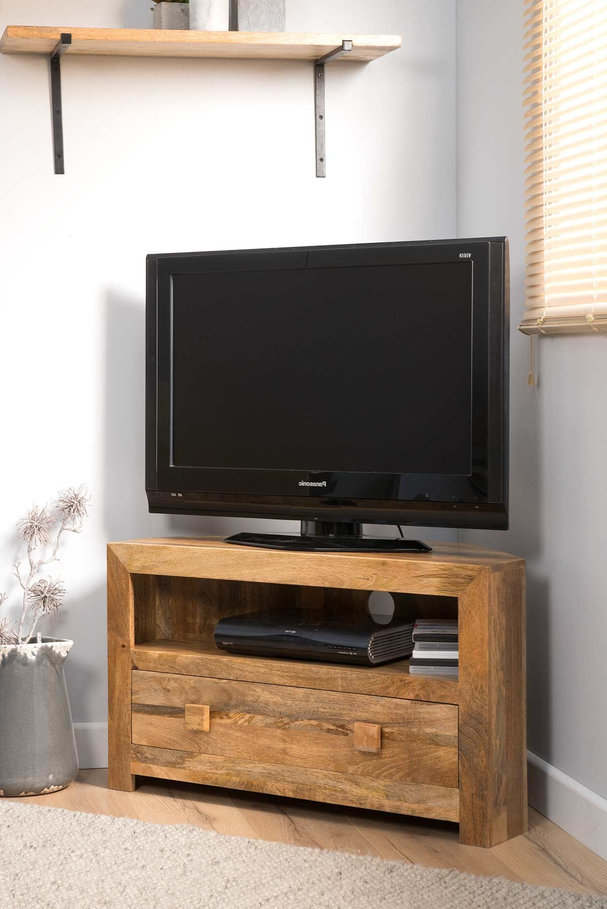 Famous Dakota Light Mango Small Corner Tv Stand Pertaining To Cornet Tv Stands (Gallery 14 of 20)