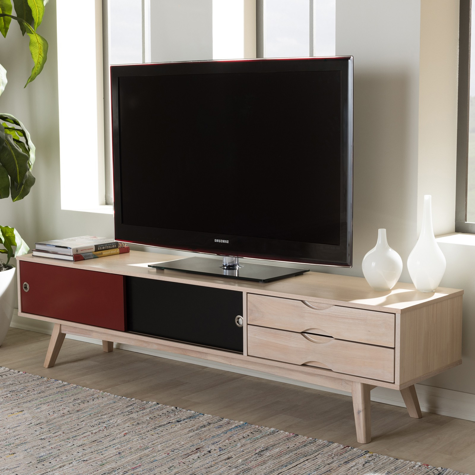 Famous Scandinavian Tv Stand (View 4 of 20)