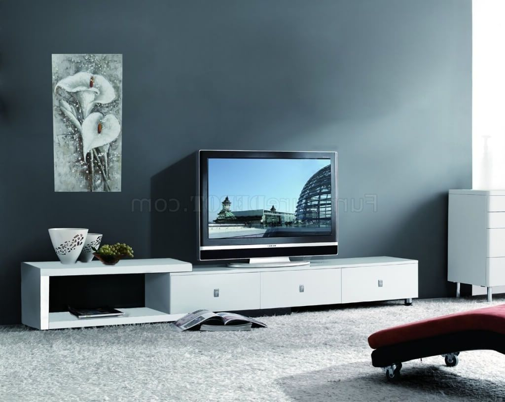 Fashionable Modern White Lacquer Tv Stands Throughout Furniture: Asymmetrical Modern Tv Stands In White Lacquered Finish (View 4 of 20)