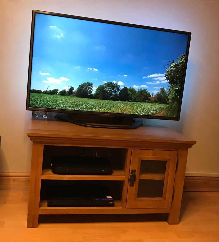 Fashionable Rustic Oak Tv Stand (View 8 of 20)