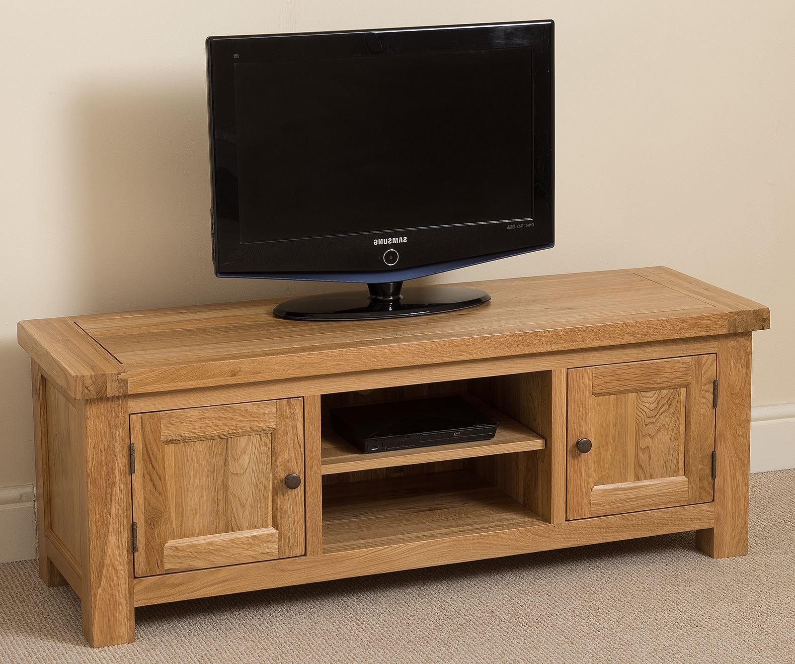 Favorite Cottage Light Solid Oak Widescreen Tv Unit (View 6 of 20)