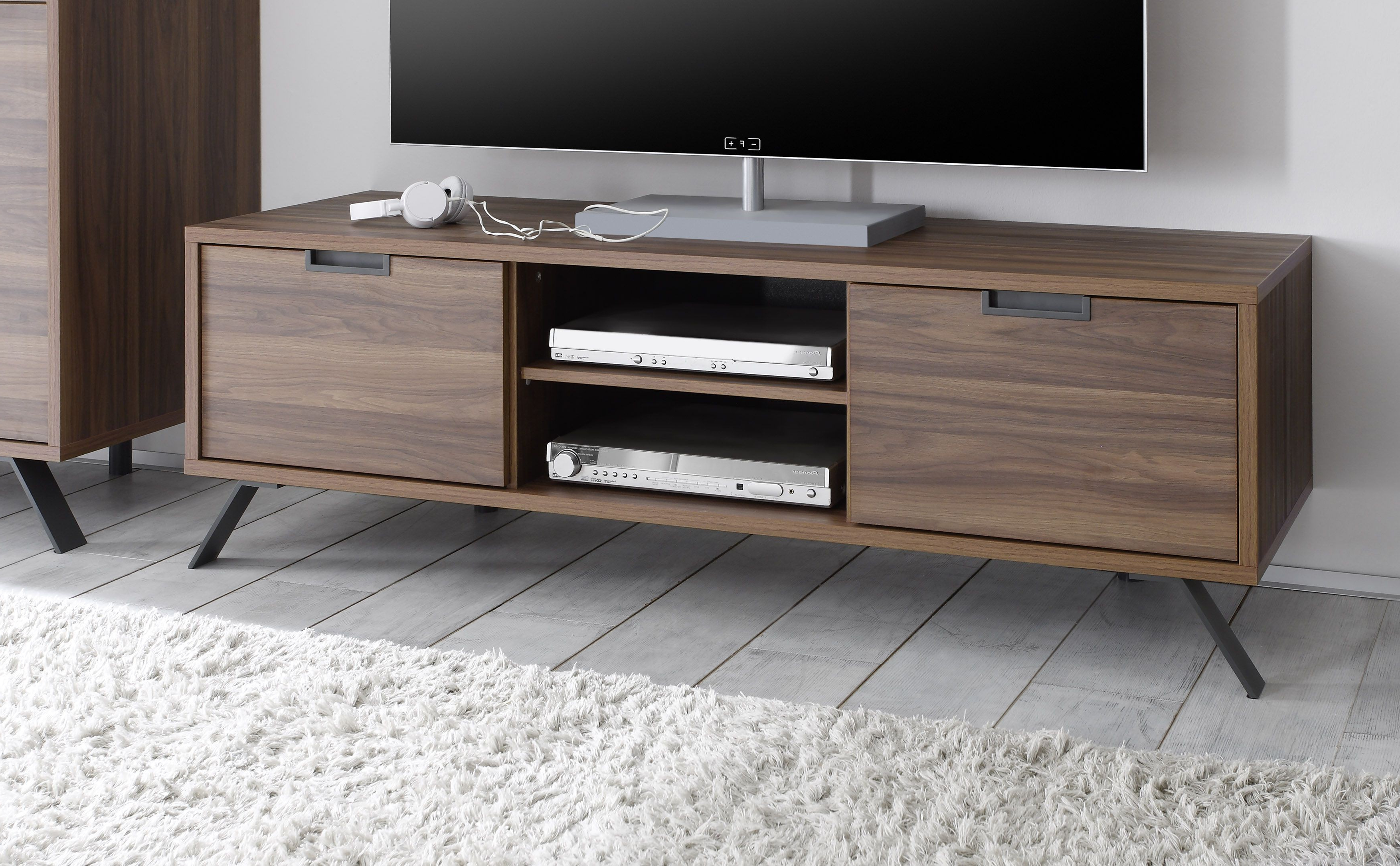 Favorite Walnut Tv Stands With Regard To Why Should One Buy Walnut Tv Stand? – Furnish Ideas (Gallery 16 of 20)