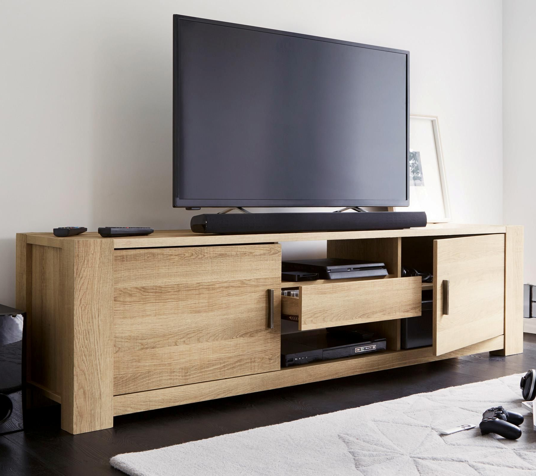 Flat Within Most Recently Released Widescreen Tv Cabinets (View 6 of 20)
