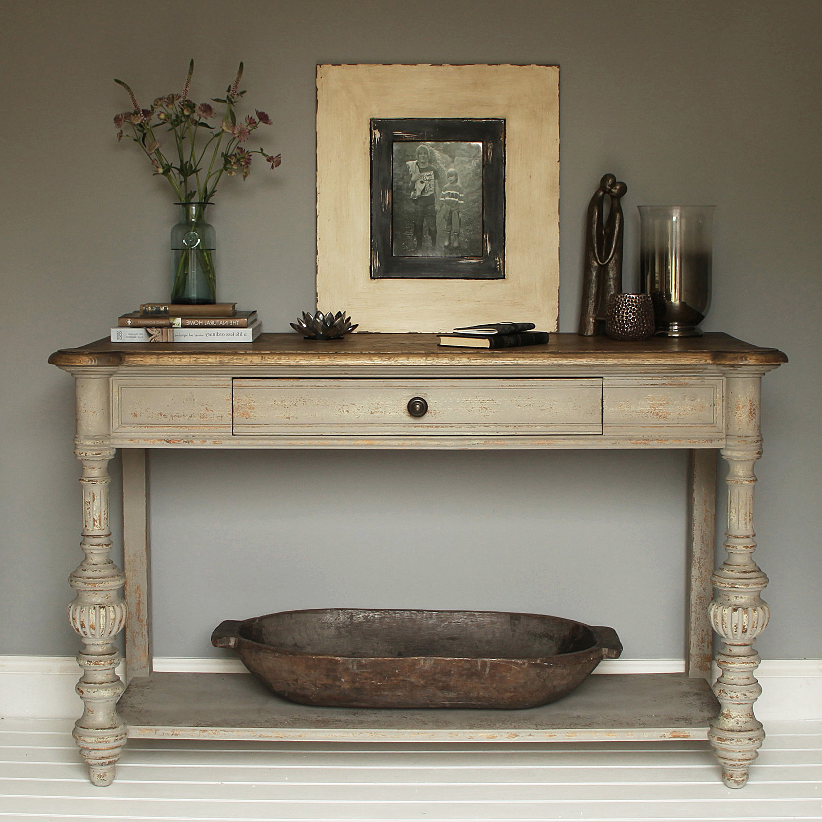 Grey Distressed Console Table : Console Table – Classic Yet Elegant For Trendy Antique White Distressed Console Tables (View 8 of 20)
