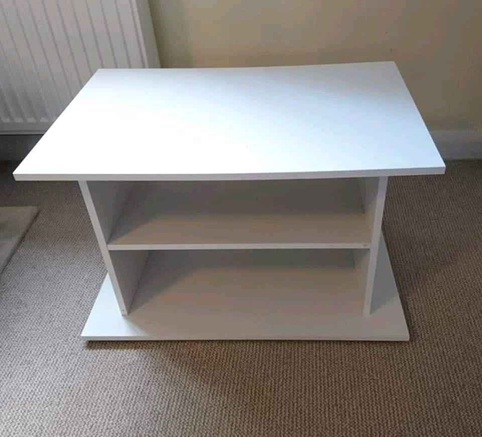 Gumtree In Popular Small White Tv Stands (View 6 of 20)