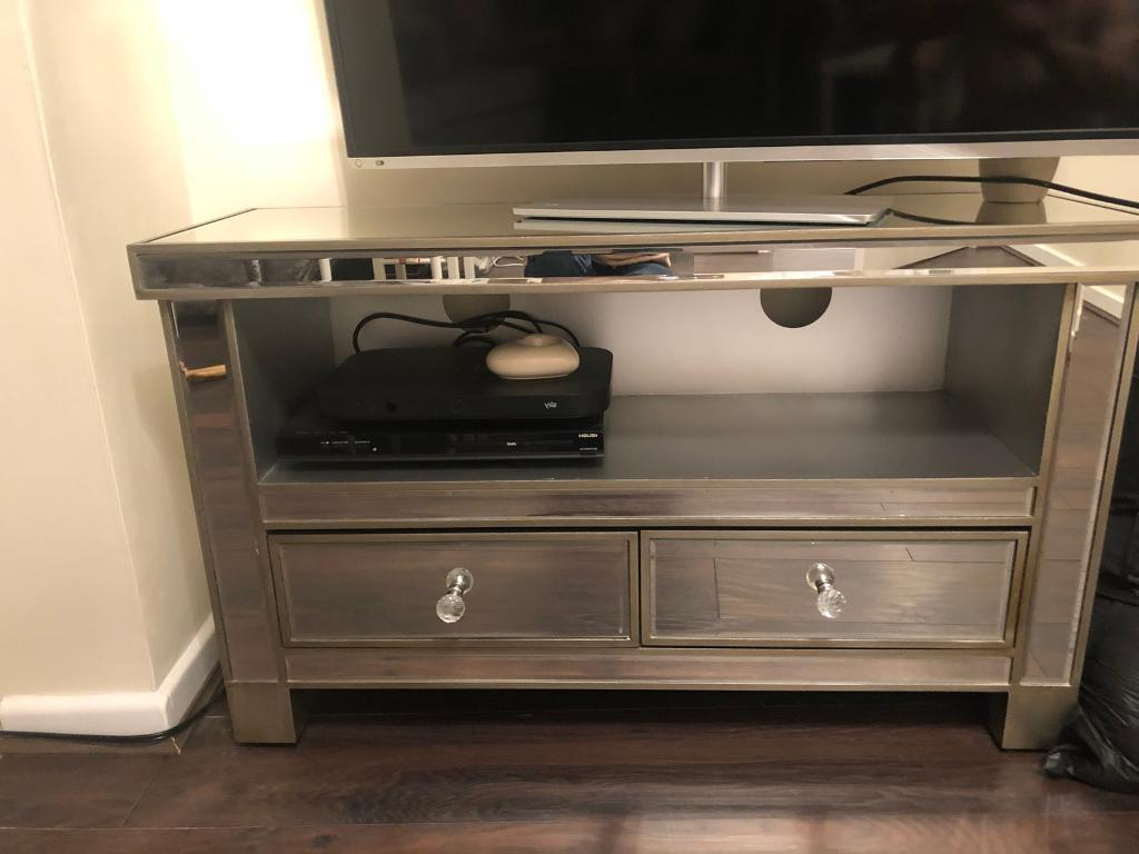 Gumtree Intended For Mirrored Tv Stands (Gallery 19 of 20)