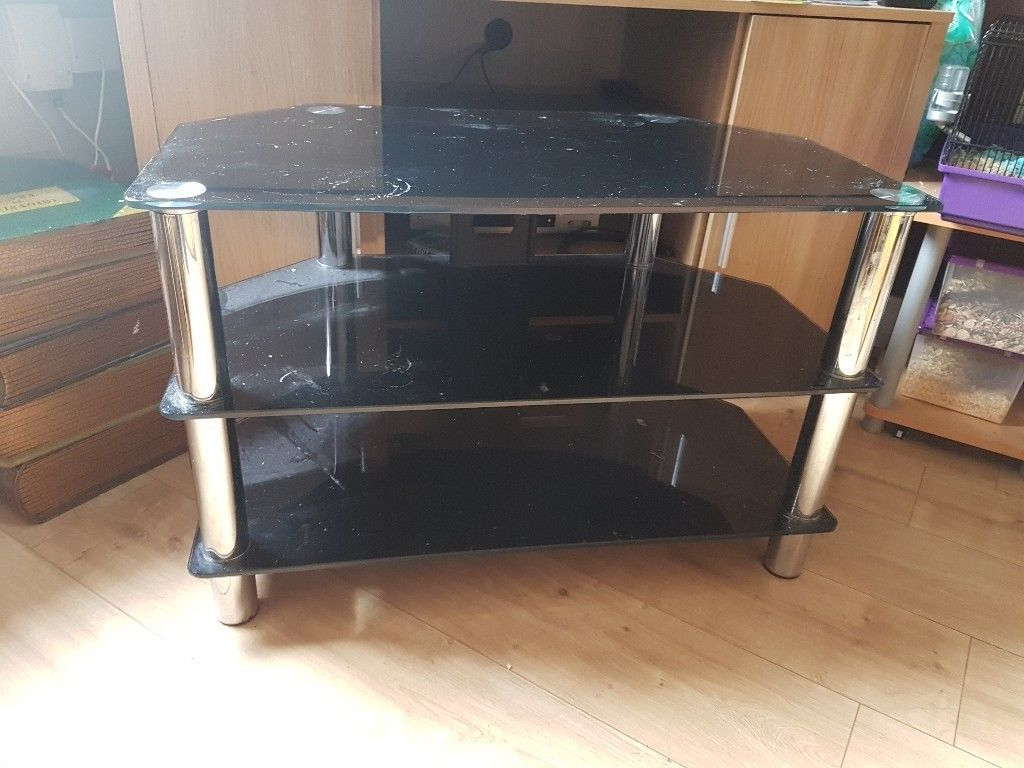 Gumtree Throughout Smoked Glass Tv Stands (View 9 of 20)