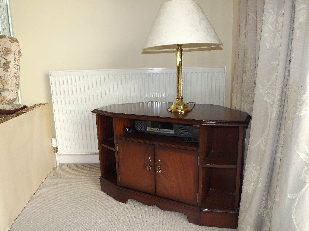 Gumtree Within Preferred Mahogany Corner Tv Cabinets (View 18 of 20)