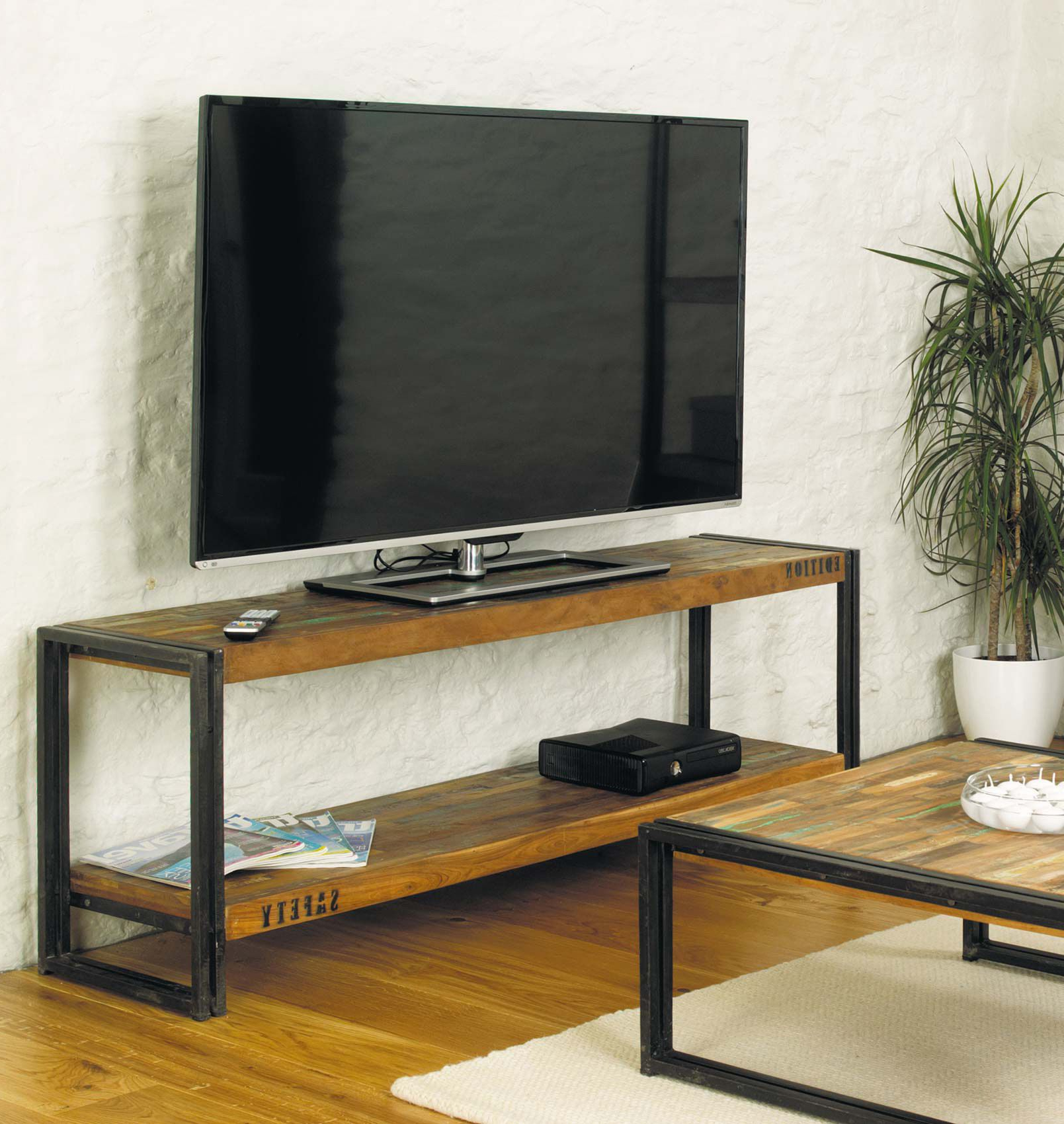 Industrial Tv Stand With Metal Legs And Reclaimed Wood. (Gallery 12 of 20)