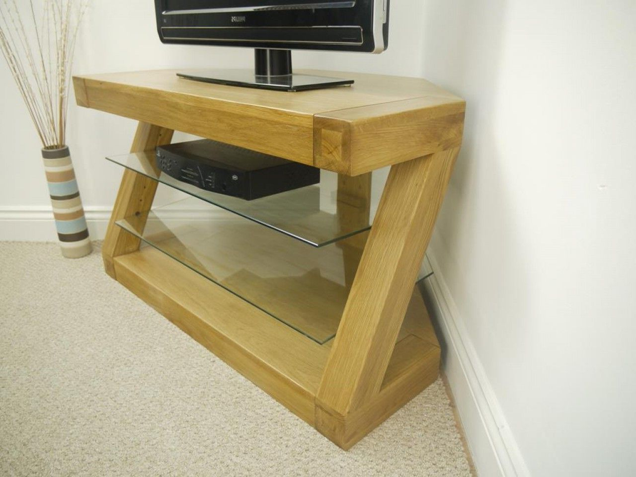 Latest Glass And Oak Tv Stands Intended For Solid Z Oak Corner Tv Unit With 2 Glass Shelves (View 16 of 20)