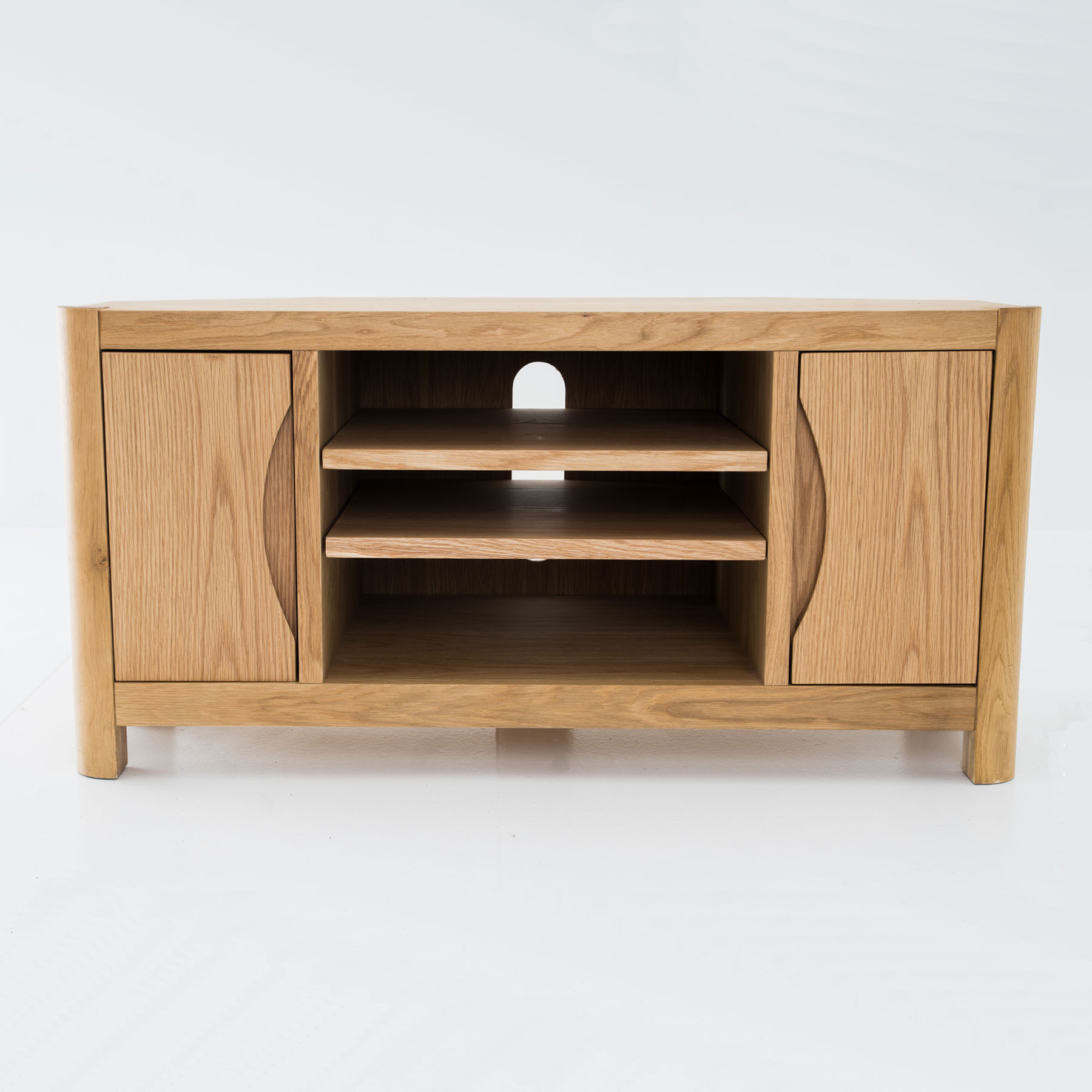 "Latest Oslo Light Oak Corner Tv Stand For Up To 44"" Tvs Intended For Oak Corner Tv Stands (View 11 of 20)"