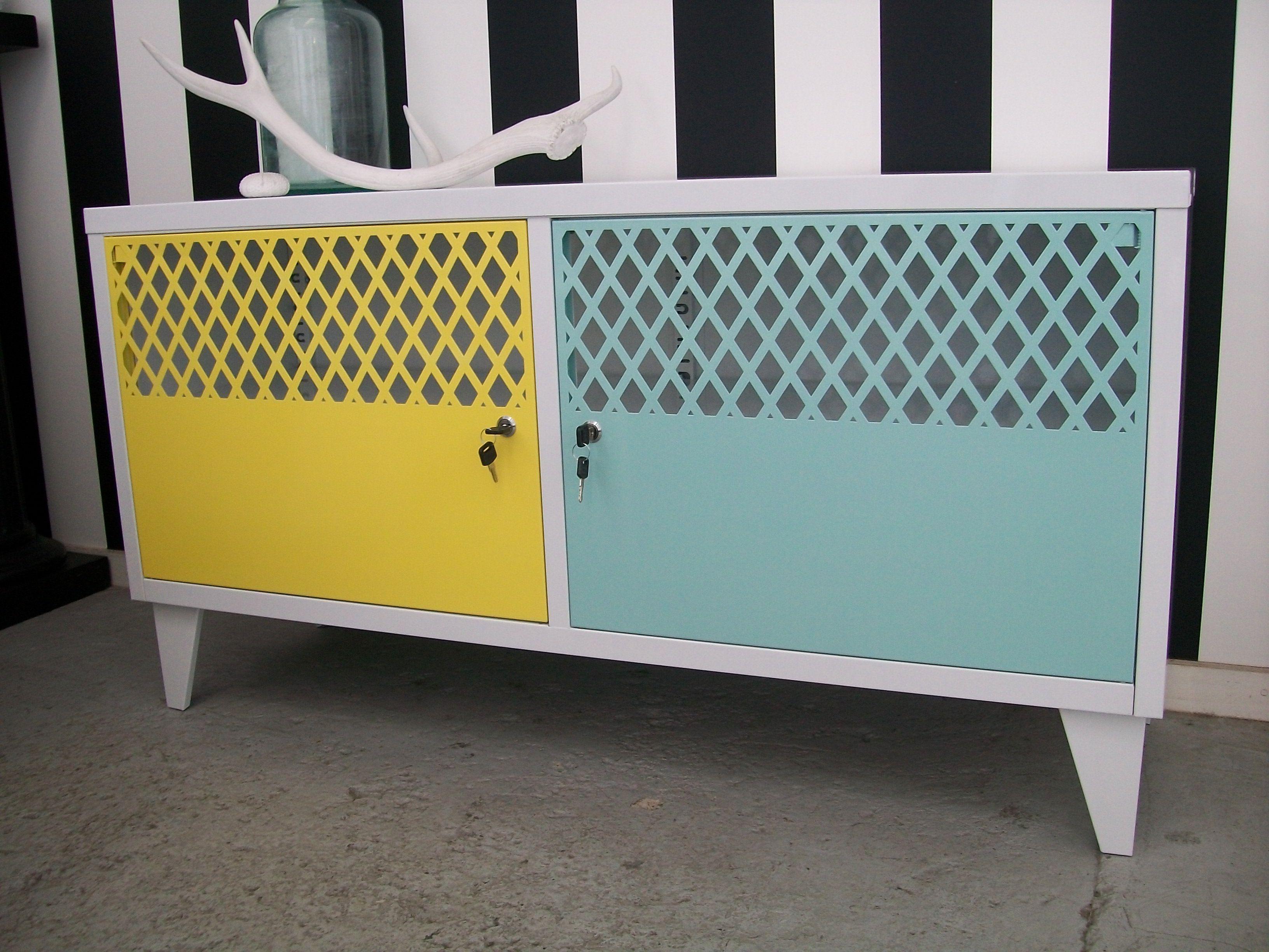 Lockers, Tv (Gallery 8 of 20)