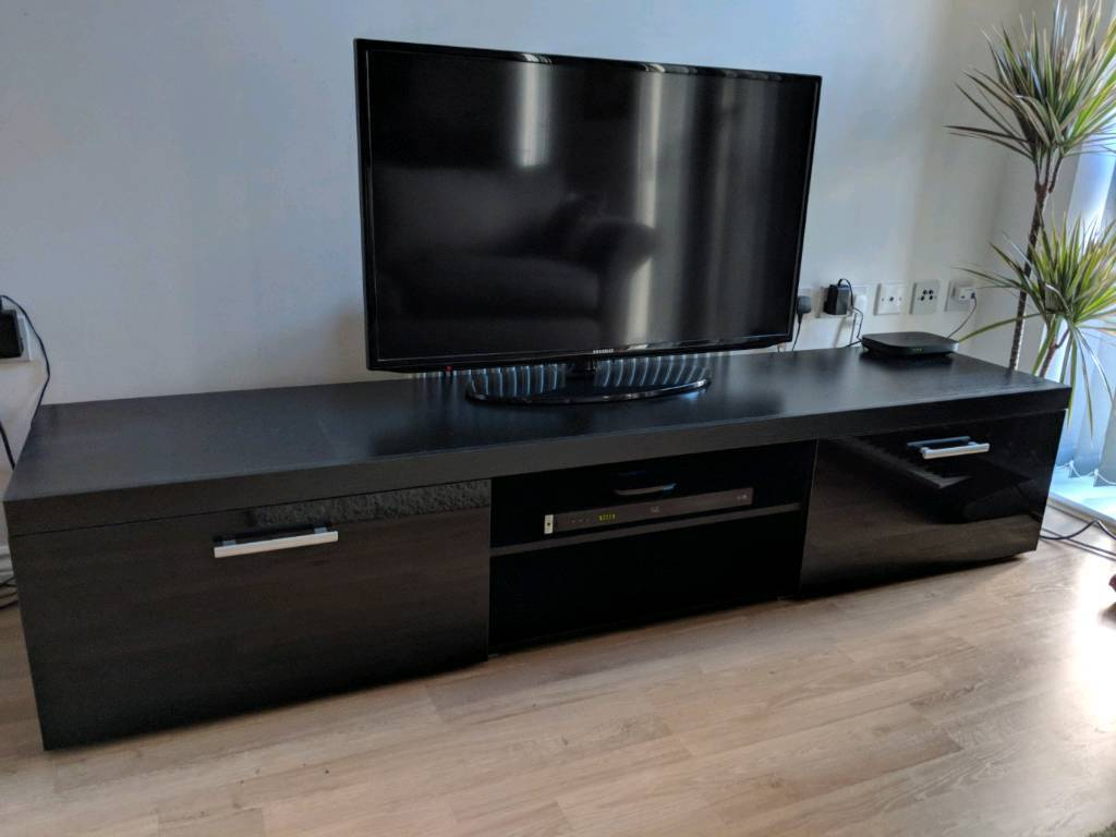 Featured Photo of Long Tv Stands