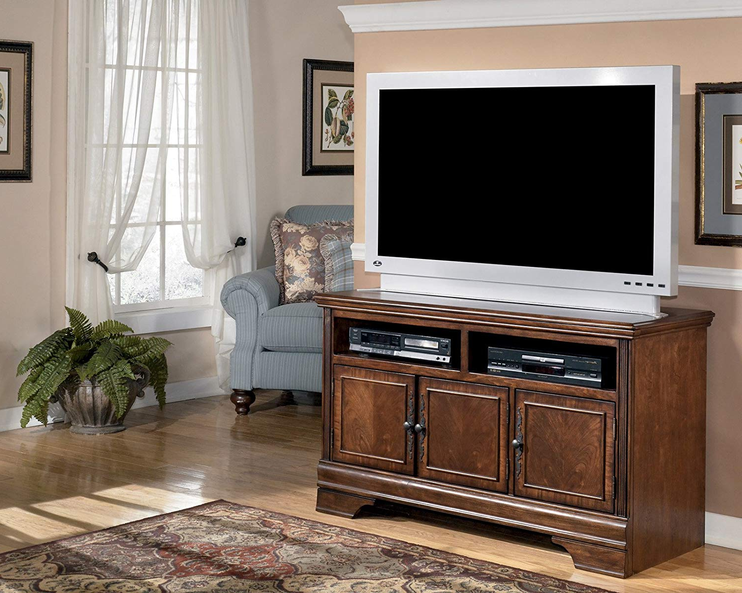 Maddy 50 Inch Tv Stands Throughout Well Liked Amazon: Dark Brown Medium Tv Stand – Signature Designashley (View 15 of 20)
