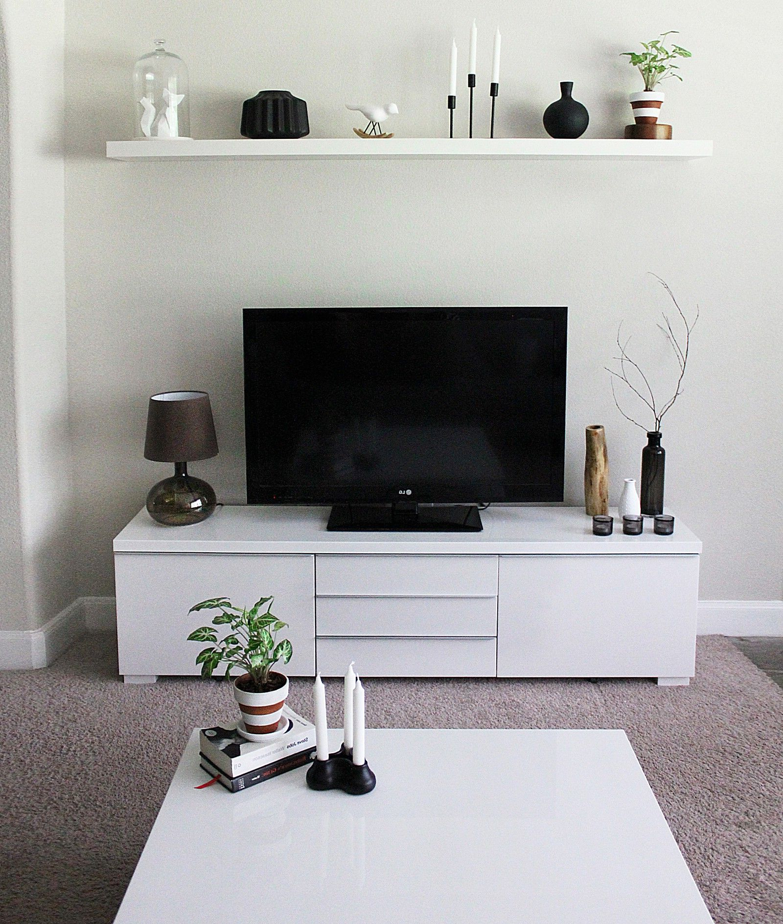 Minimalist Tv Stand And Cabinet Ikea Besta (View 8 of 20)