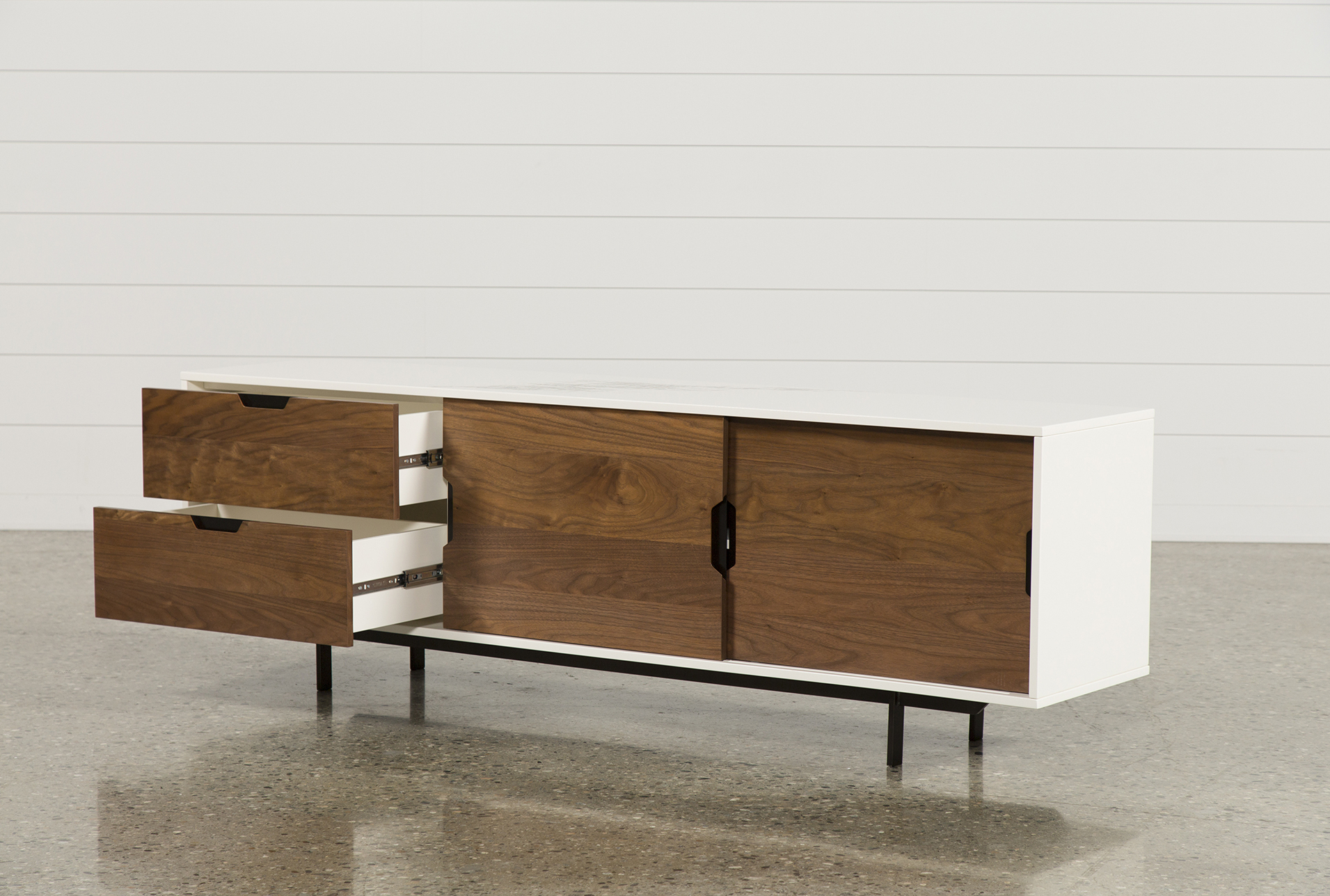 Most Current Bale 82 Inch Tv Stands With Bale 82 Inch Tv Stand In  (View 10 of 20)