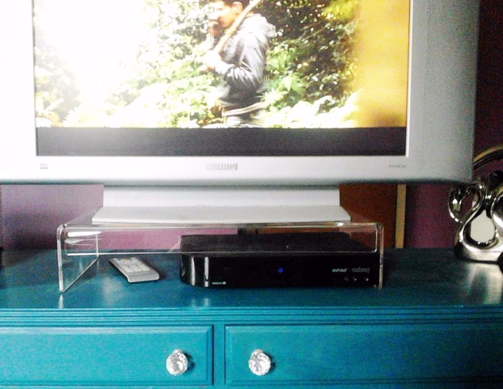 Most Current Large Modern Tv Clear Acrylic Perspex Plastic Table Top Stand Riser Intended For Clear Acrylic Tv Stands (View 15 of 20)