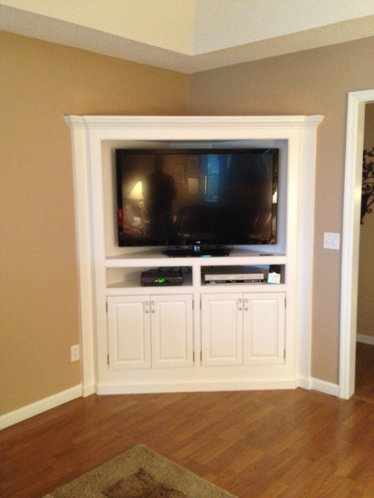 Most Current Wood Corner Tv Cabinets Regarding Built In Corner Tv Cabinet (View 11 of 20)