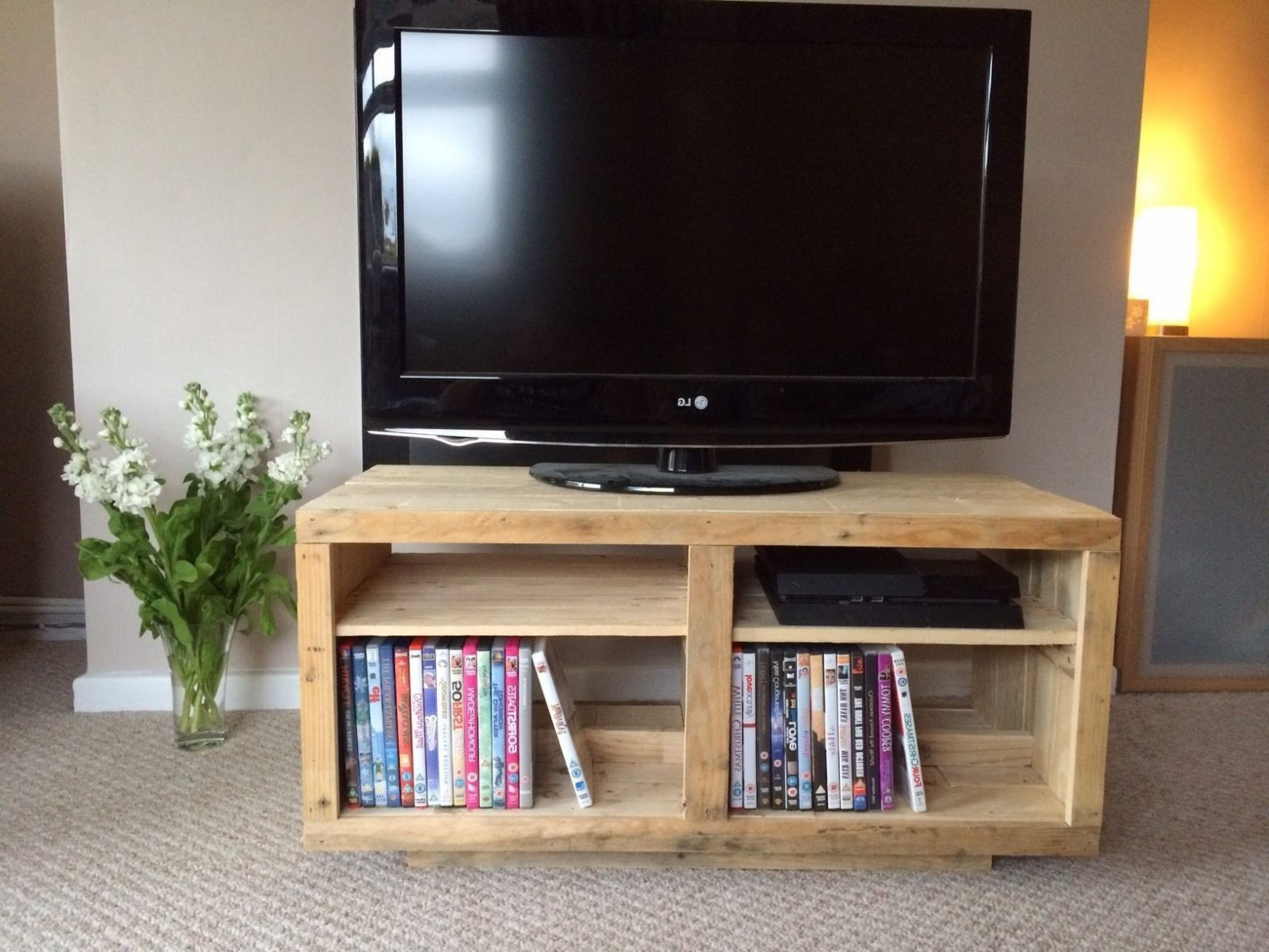 Most Popular Best Of Flat Screen Tv Stand With Bookshelves Lovely How To Make For Oak Tv Stands For Flat Screens (View 15 of 20)
