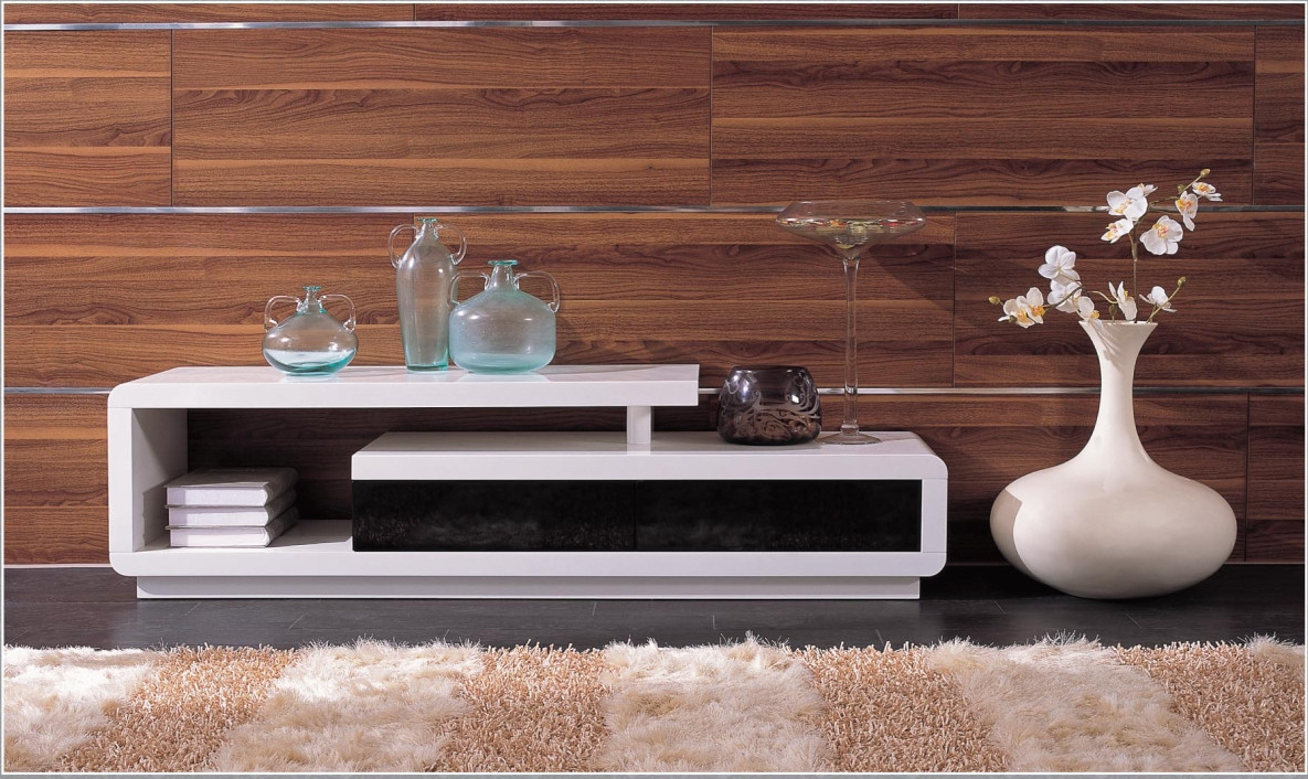 Most Popular Modern White Lacquer Tv Stands Regarding D3033 Modern White Lacquer Tv Stand (View 15 of 20)