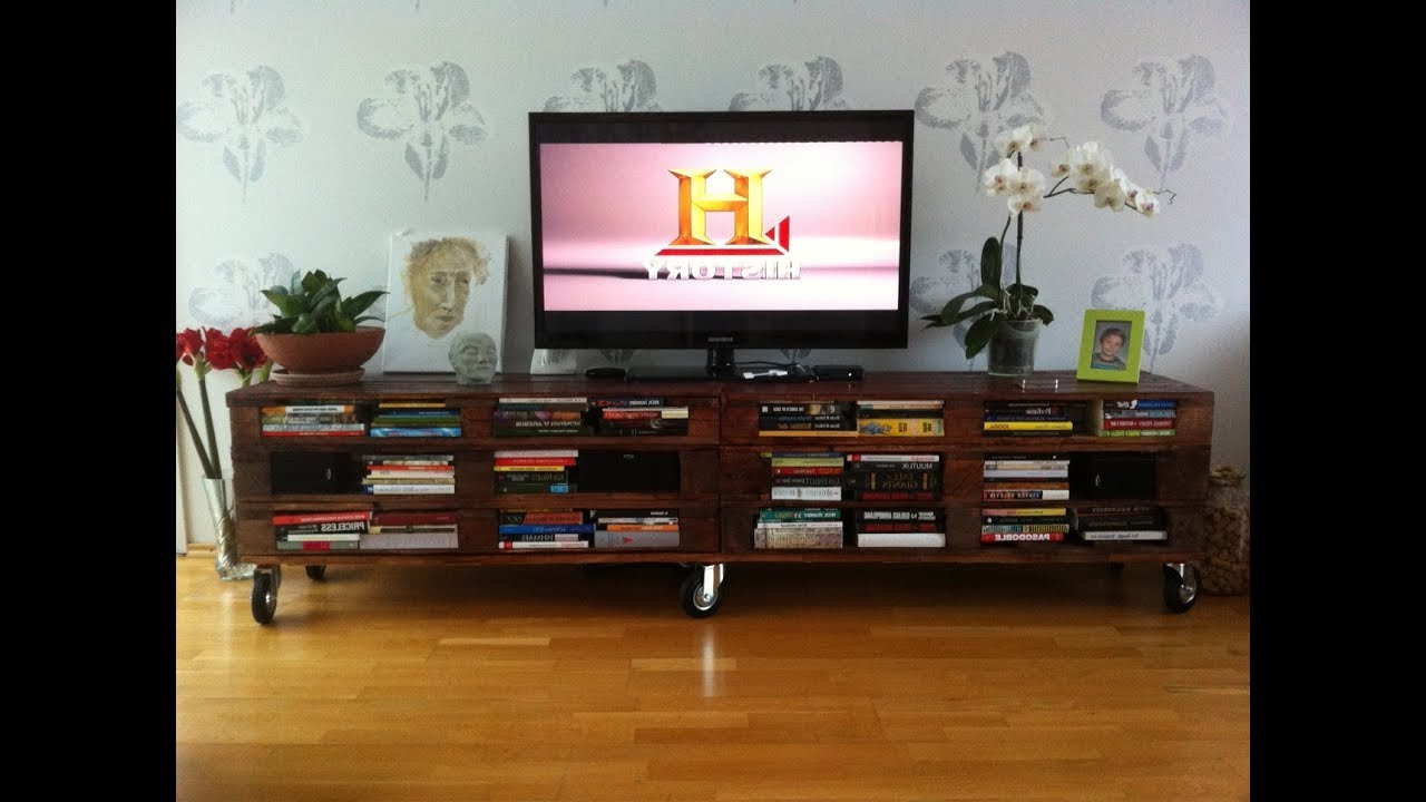 Most Recently Released Recycled Wood Tv Stands Pertaining To Amazing Diy Recycled Wooden Pallet Tv Stand Ideas – Pallet Tv Stand (View 6 of 20)