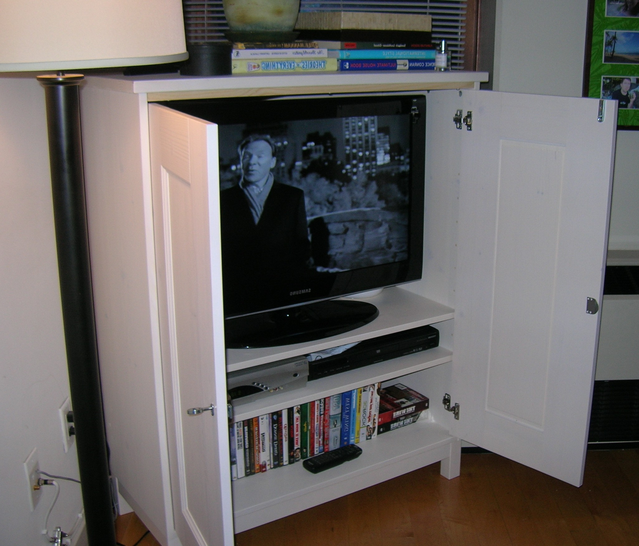 Newest Enclosed Tv Cabinets For Flat Screens With Doors Pertaining To Television Cabinets With Doors – Image Cabinets And Shower Mandra (View 10 of 20)