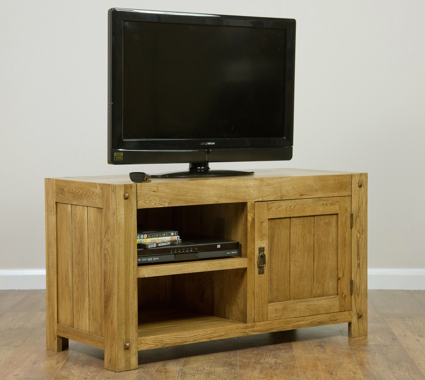 Oak Furniture Tv Stands Regarding Popular Quercus Solid Oak Furniture Range Living Room (Gallery 11 of 20)