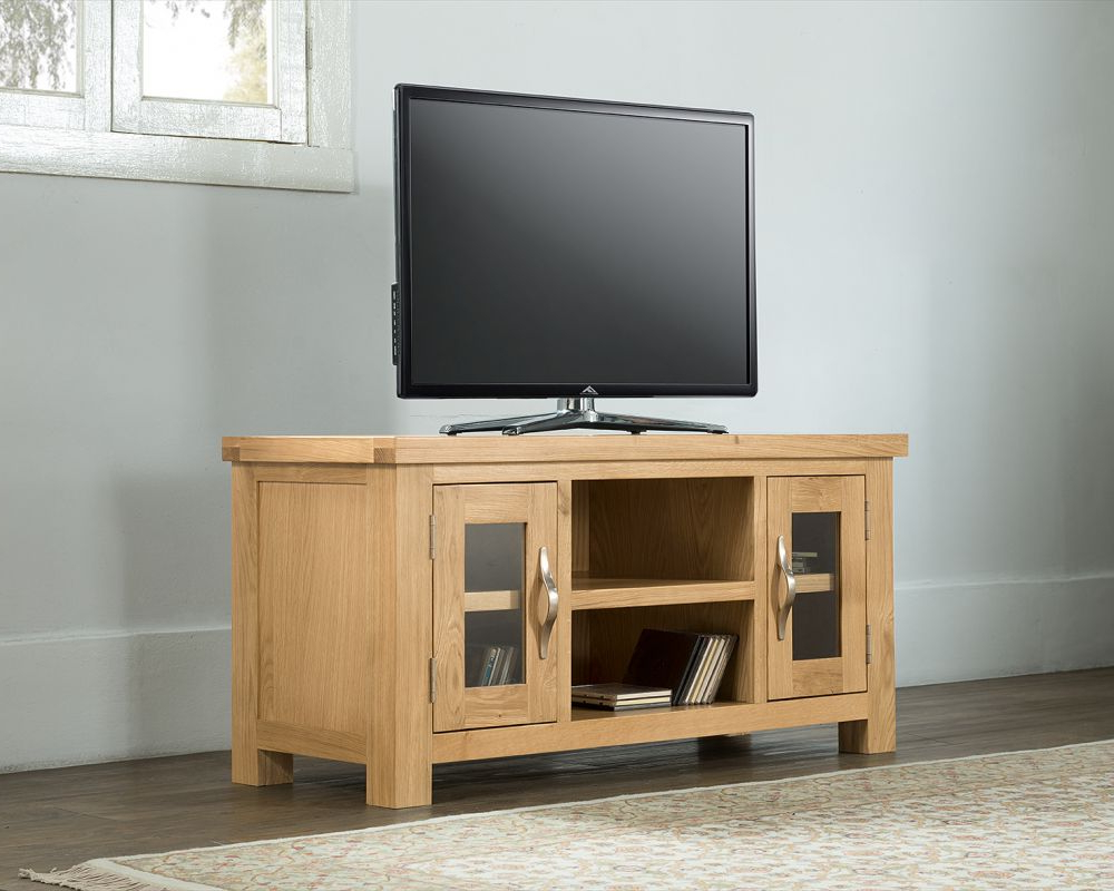 Oak Tv Cabinets For Flat Screens With Doors Pertaining To Popular Michael O'connor Valencia Large Oak Tv Unit (View 17 of 20)
