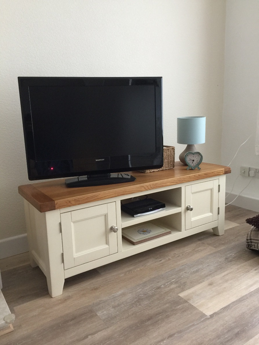 Oak Tv Cabinets With Doors Regarding Most Popular Country Oak Cream Painted Large Double Door Tv Unit – Free Delivery (View 9 of 20)