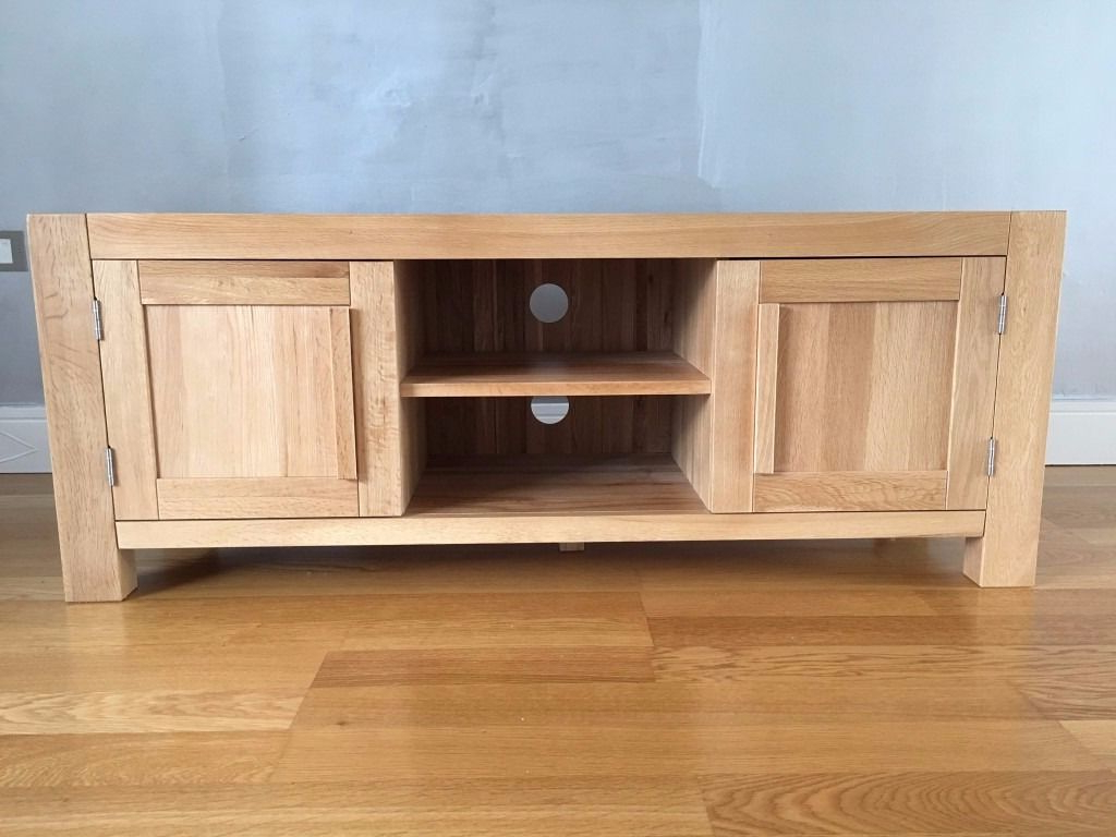 Oak Widescreen Tv Units With Best And Newest Solid Oak Widescreen Tv Cabinet – As New (Fresco Oakfurnitureland (Gallery 13 of 20)