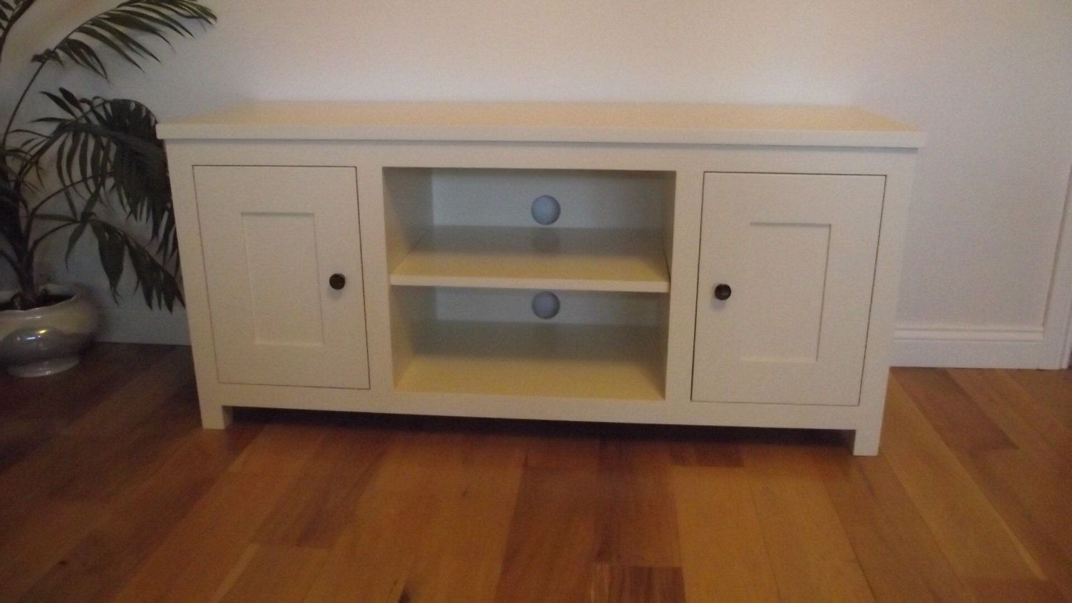 Olivia Cream Painted Tv Cabinet, White Painted Tv Cabinet Painted Pertaining To Preferred Cream Tv Cabinets (View 19 of 20)