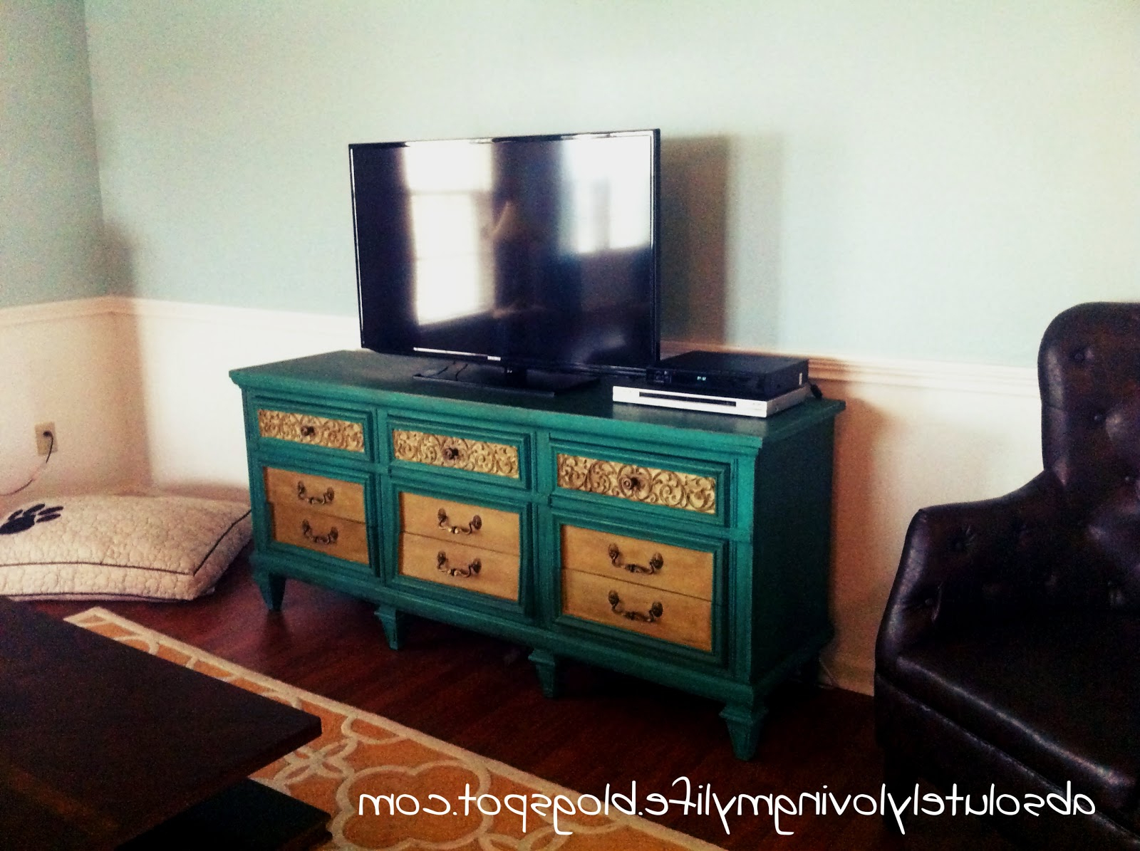 Painted Tv Stands Throughout 2017 Ikea Tv Stand Hemnes Painting A With Chalk Paint Besta Spray Painted (View 15 of 20)