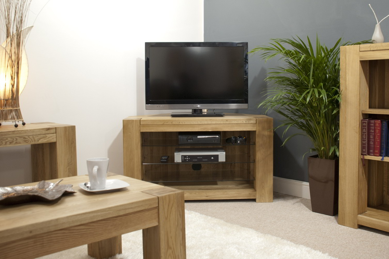 Pemberton Solid Oak Living Room Furniture Corner Television Cabinet In Well Known Corner Wooden Tv Cabinets (Gallery 17 of 20)