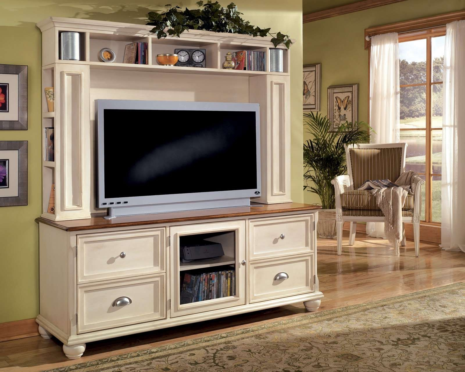 Preferred Country Style Tv Stands In Furniture (View 14 of 20)