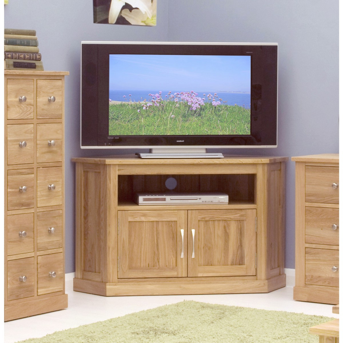 Preferred Solid Oak Corner Tv Cabinets Regarding Baumhaus Mobel Solid Oak Corner Tv Cabinet Cor09C (View 10 of 20)