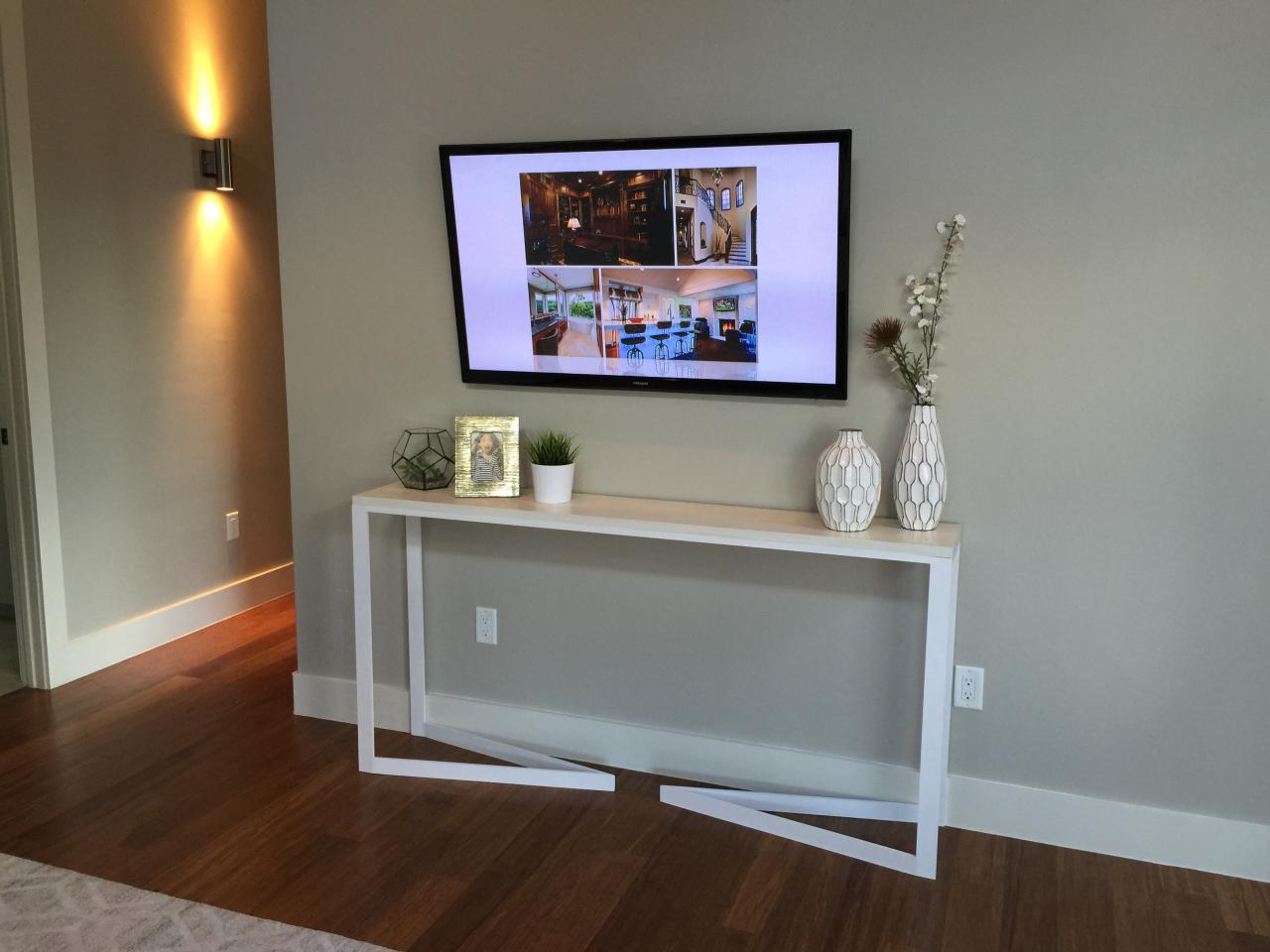 Recent Console Tables Under Wall Mounted Tv Pertaining To Furniture: Console Tables Plain Ideas Table Under Wall Mounted Tv (Gallery 2 of 20)