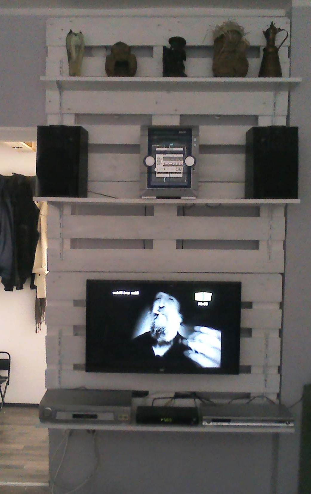 Recycled Pallets Ideas With Kilian Black 60 Inch Tv Stands (View 20 of 20)
