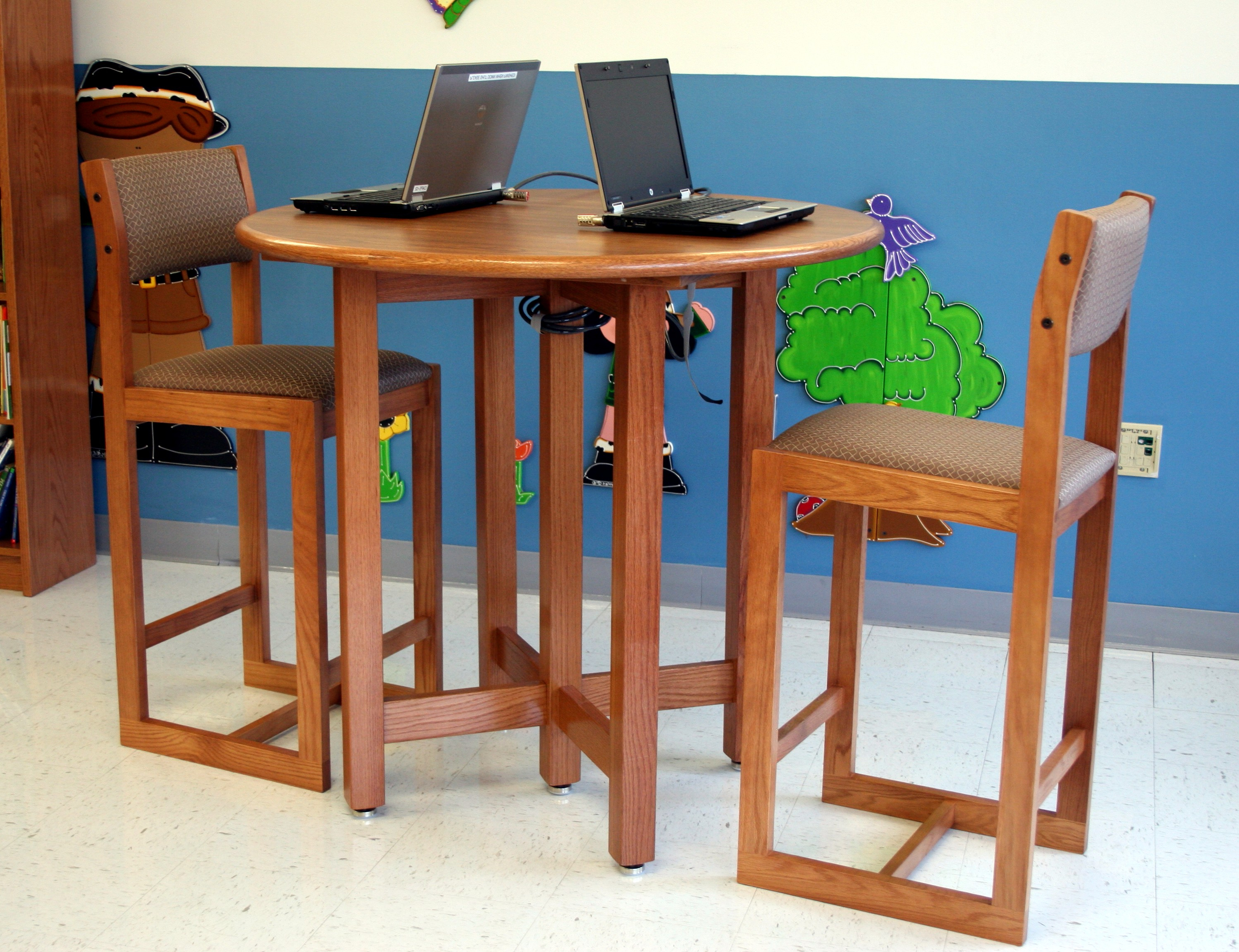 School Furnishings (Gallery 2 of 20)
