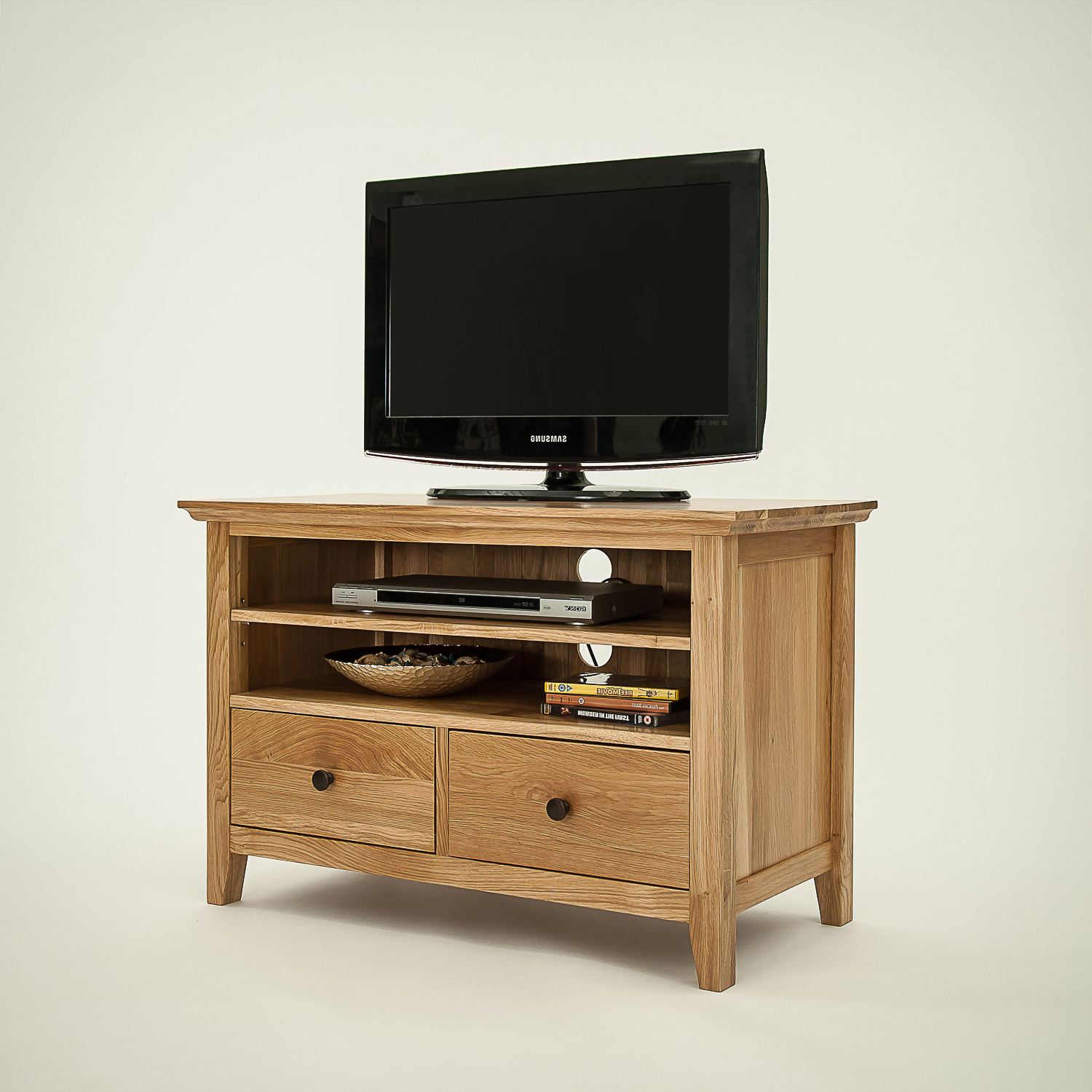 Small Oak Tv Cabinets Intended For Trendy Hereford Rustic Oak Small Tv Unit – Cw Furniture (Gallery 1 of 20)
