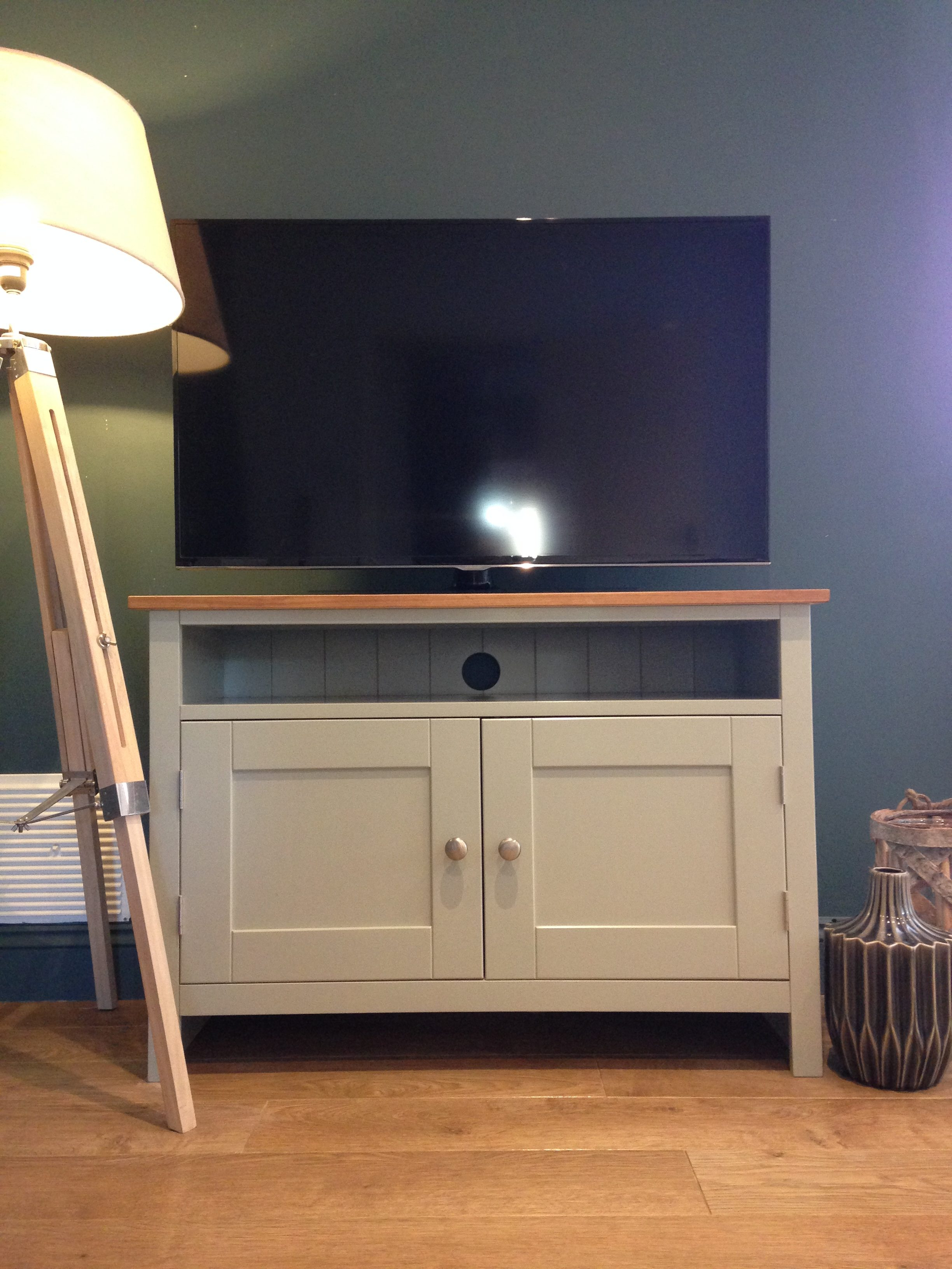 Solid Pine Tv Cabinet (Gallery 6 of 20)