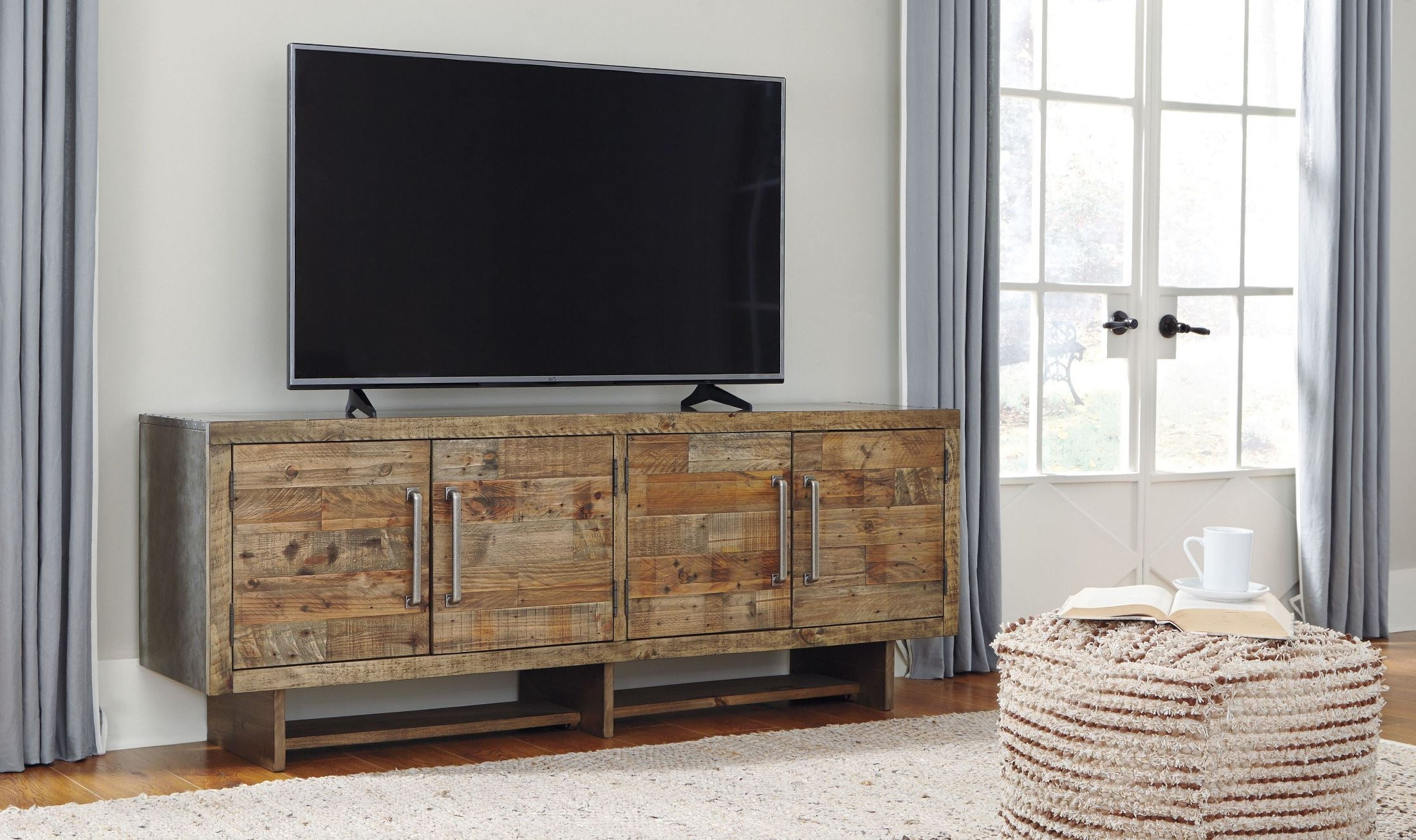 Trendy Signature Designashley Mozanburg Brown Extra Large Tv Stand Inside Vista 68 Inch Tv Stands (View 14 of 20)