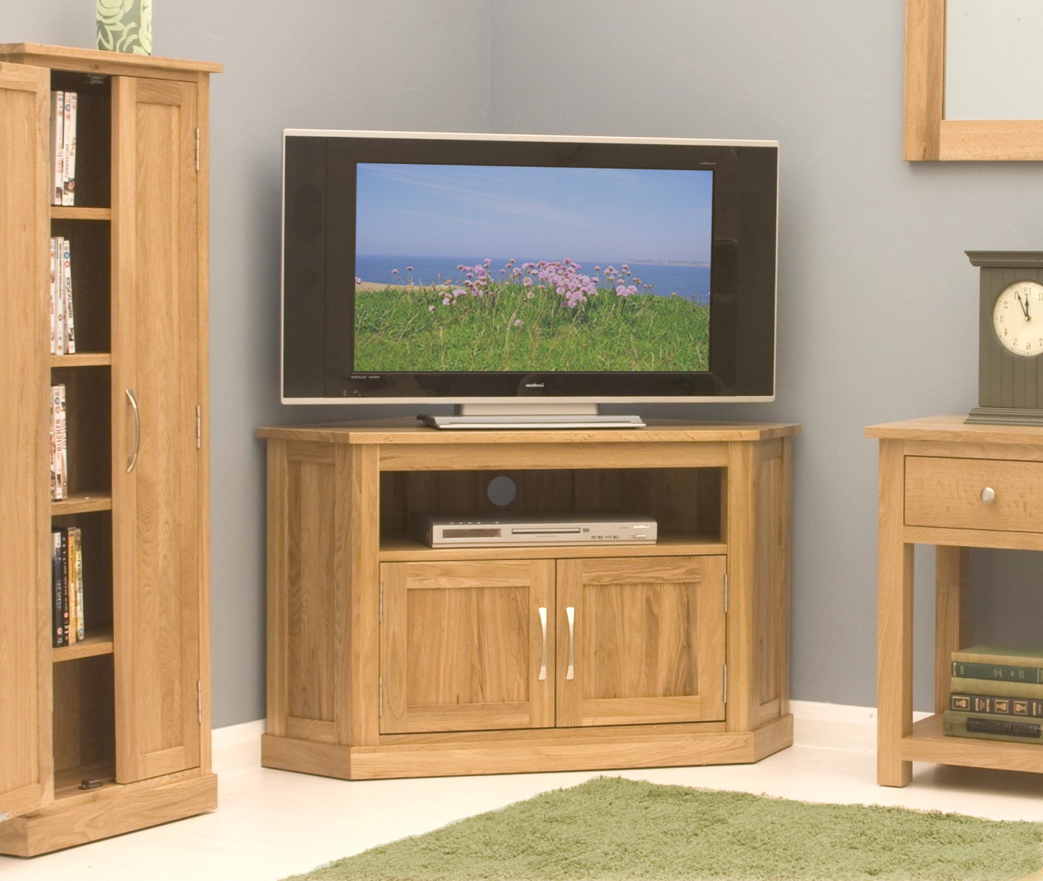Tv Cabinets Corner Units With Famous Conran Solid Oak Living Room Furniture Corner Television Cabinet (View 3 of 20)