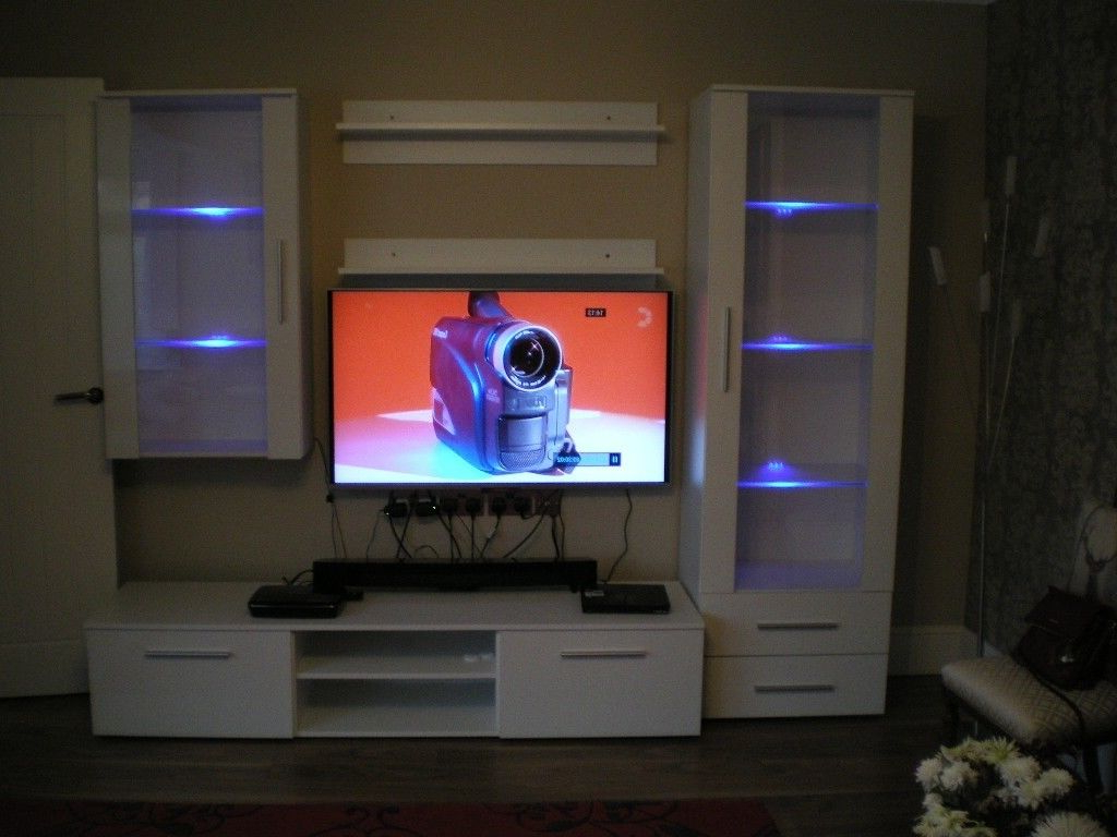 Tv Display Cabinets Pertaining To Fashionable White Tv Cabinet With Matching With 2 Matching Display Cabinets And (View 16 of 20)